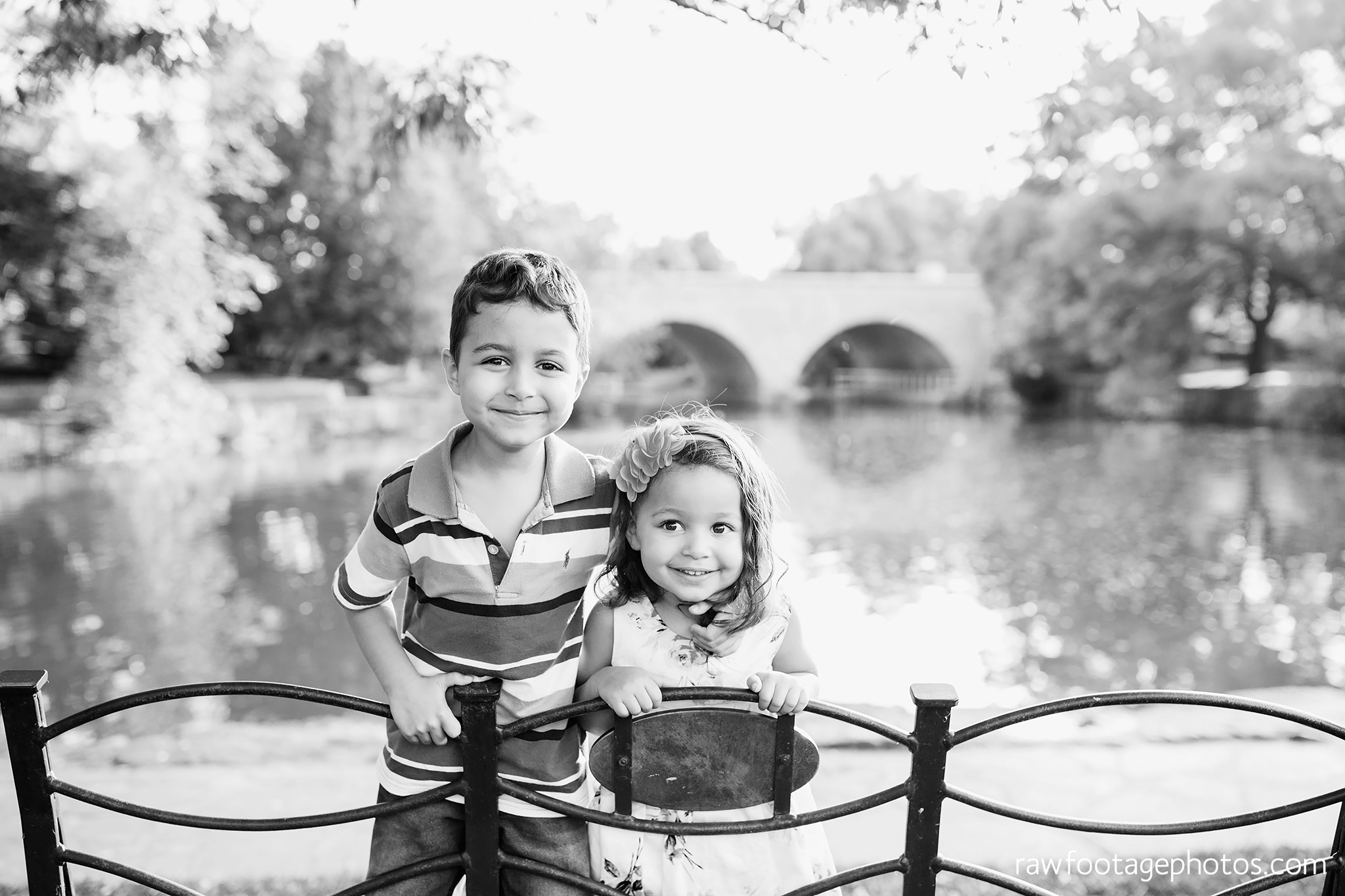 london_ontario_family_photographer-stratford_ontario_photographer-raw_footage_photography-lifestyle_photography-candid-golden_hour015.jpg