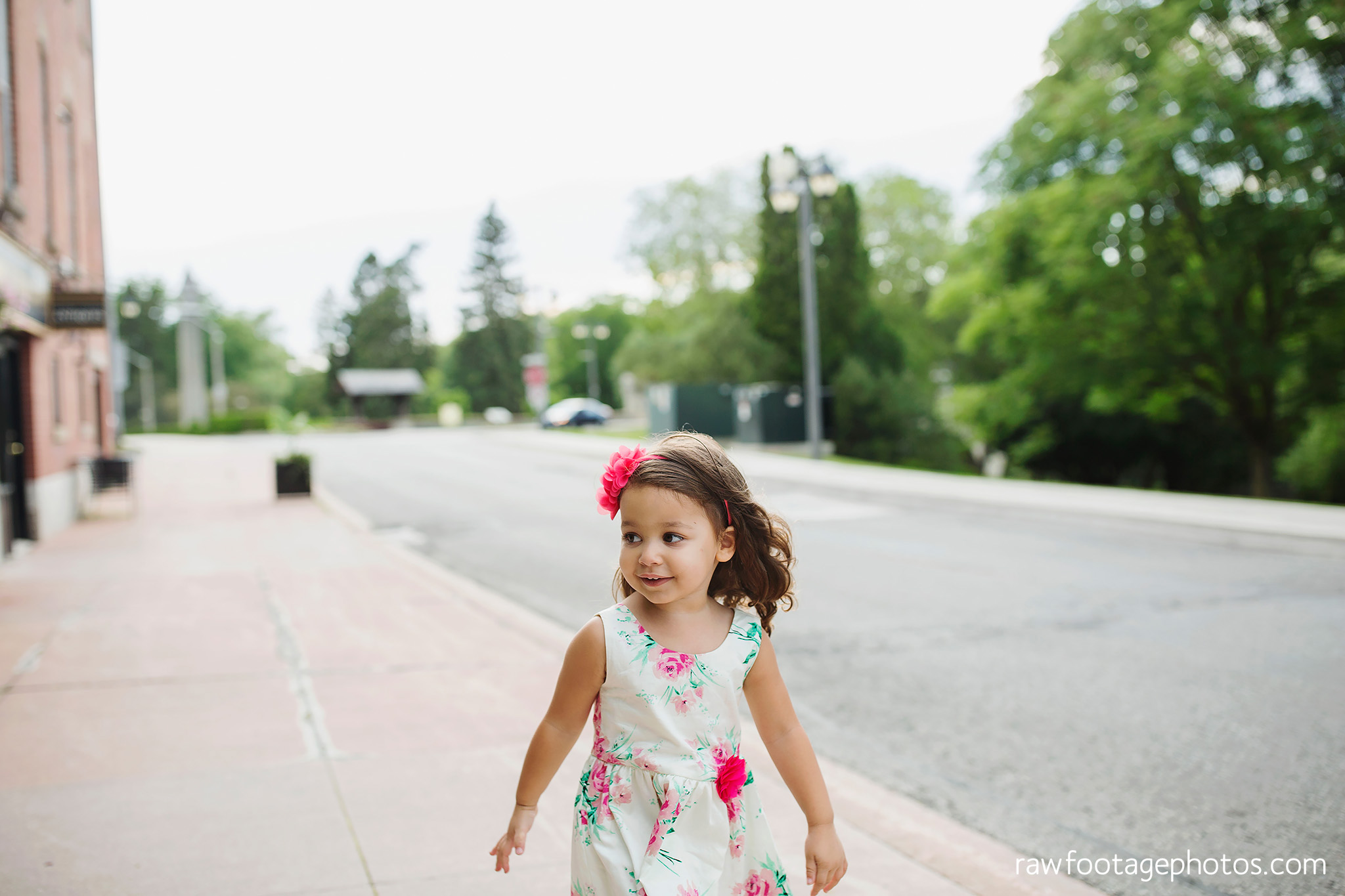 london_ontario_family_photographer-stratford_ontario_photographer-raw_footage_photography-lifestyle_photography-candid-golden_hour029.jpg