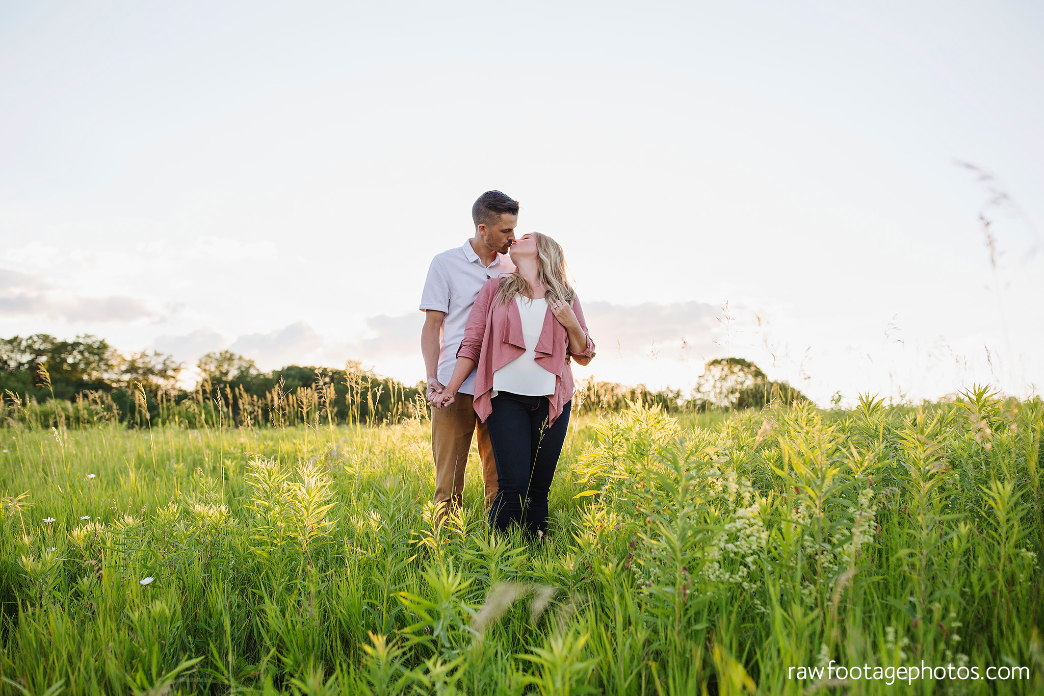 london_ontario_wedding_photographer-raw_footage_photography-mentoring-workshop-golden_hour-engagement_session024.jpg