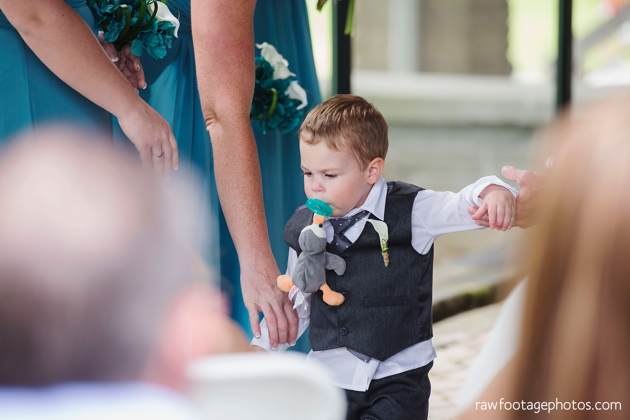 london_ontario_wedding_photographer-west_haven_golf_and_country_club-raw_footage_photography020.jpg