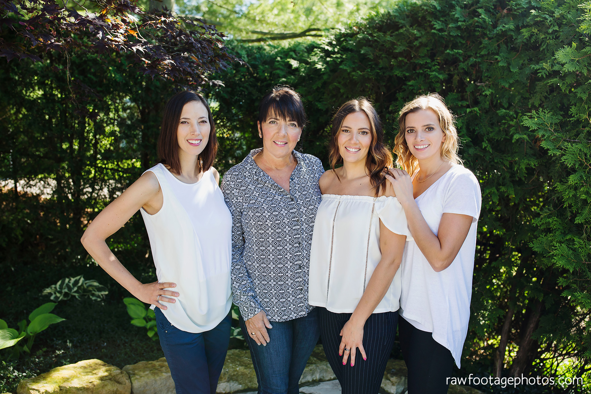 london_ontario_family_photographer-extended_family_session-raw_footage_photography001.jpg