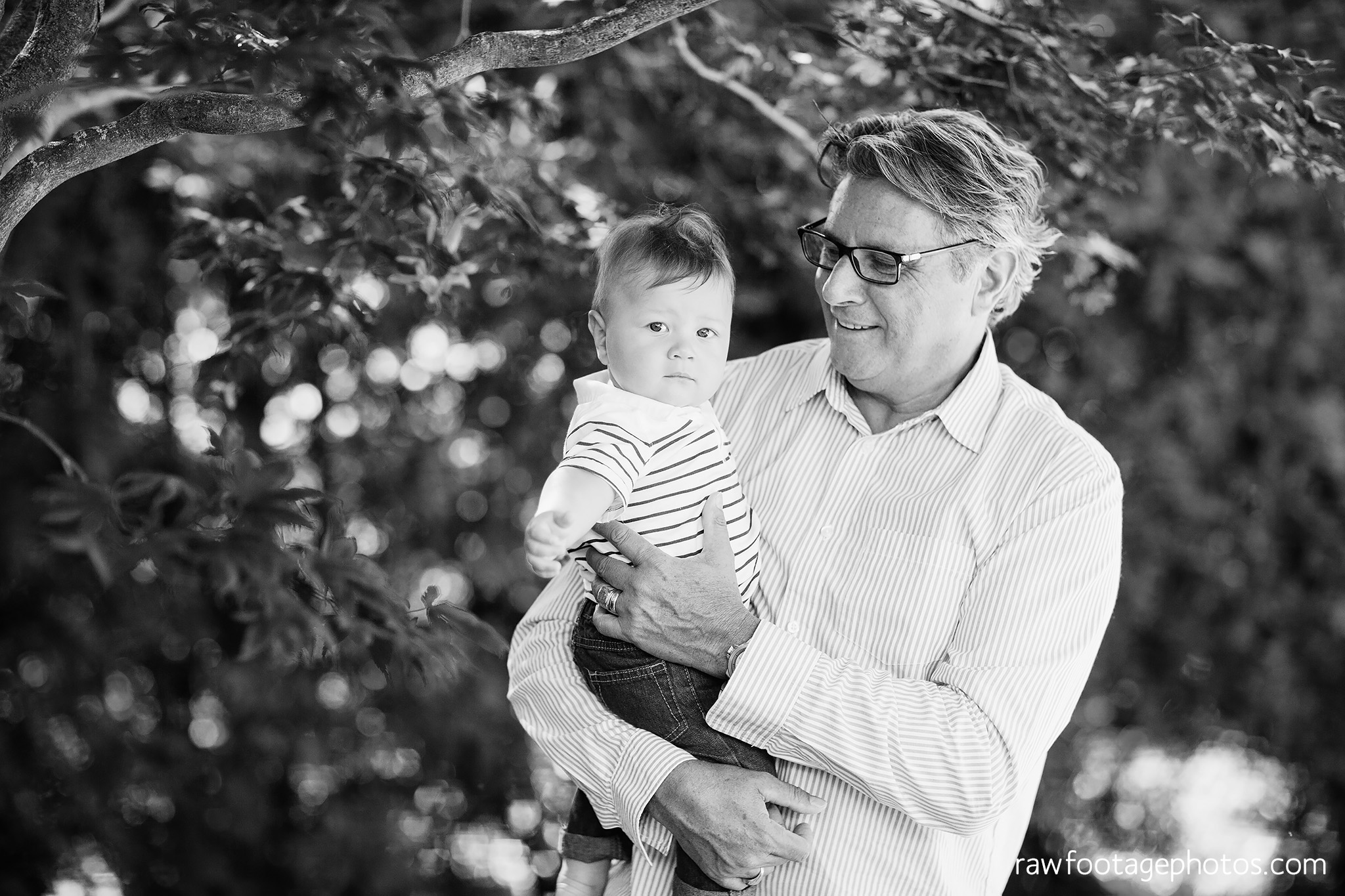 london_ontario_family_photographer-extended_family_session-raw_footage_photography007.jpg
