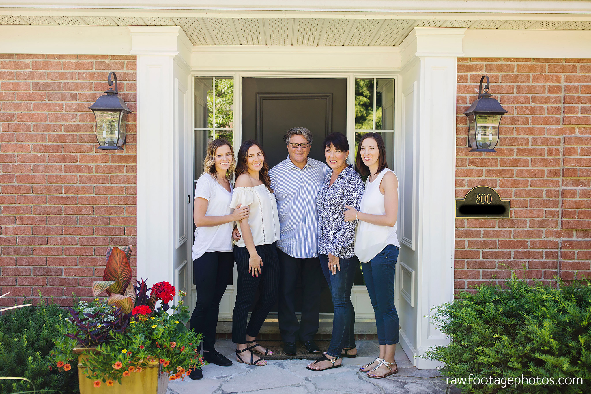 london_ontario_family_photographer-extended_family_session-raw_footage_photography009.jpg