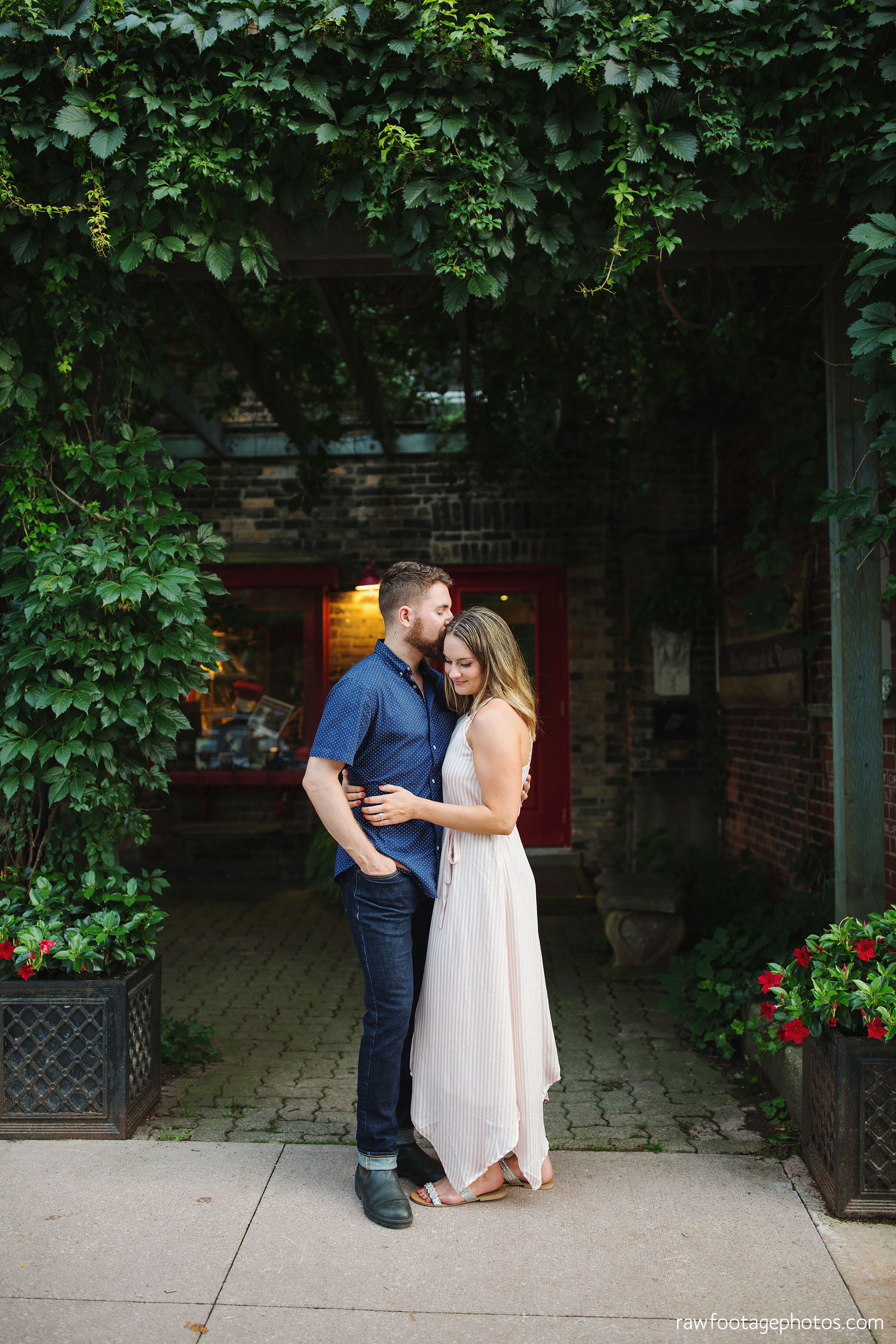 london_ontario_wedding_photographer-engagement_session-best_of_2018-raw_footage_photography050 copy.jpg