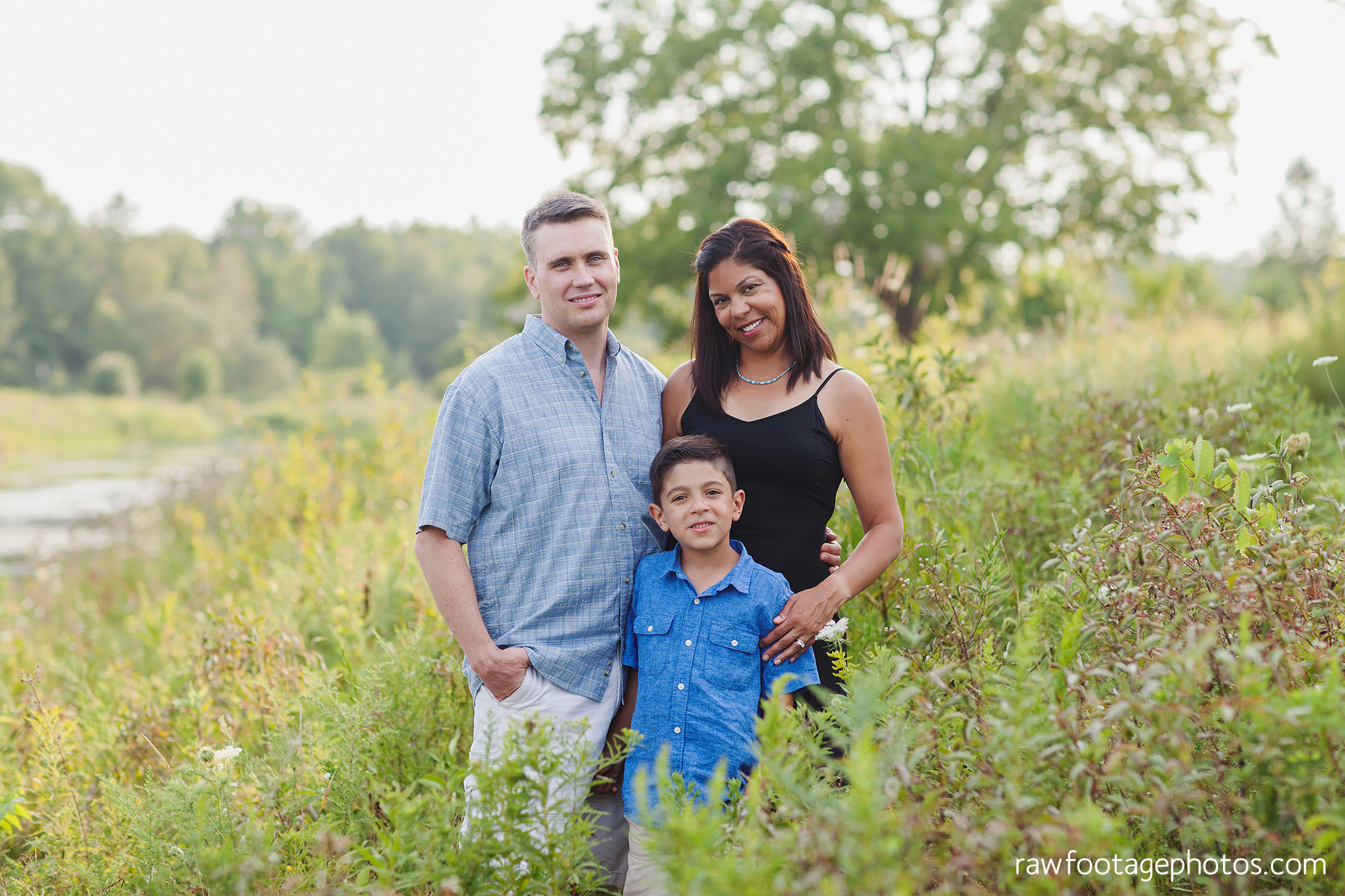 LONDON_ONTARIO_FAMILY_PHOTOGRAPHER-FALL_FAMILY_SESSION-RAW_FOOTAGE_PHOTOGRAPHY021.jpg