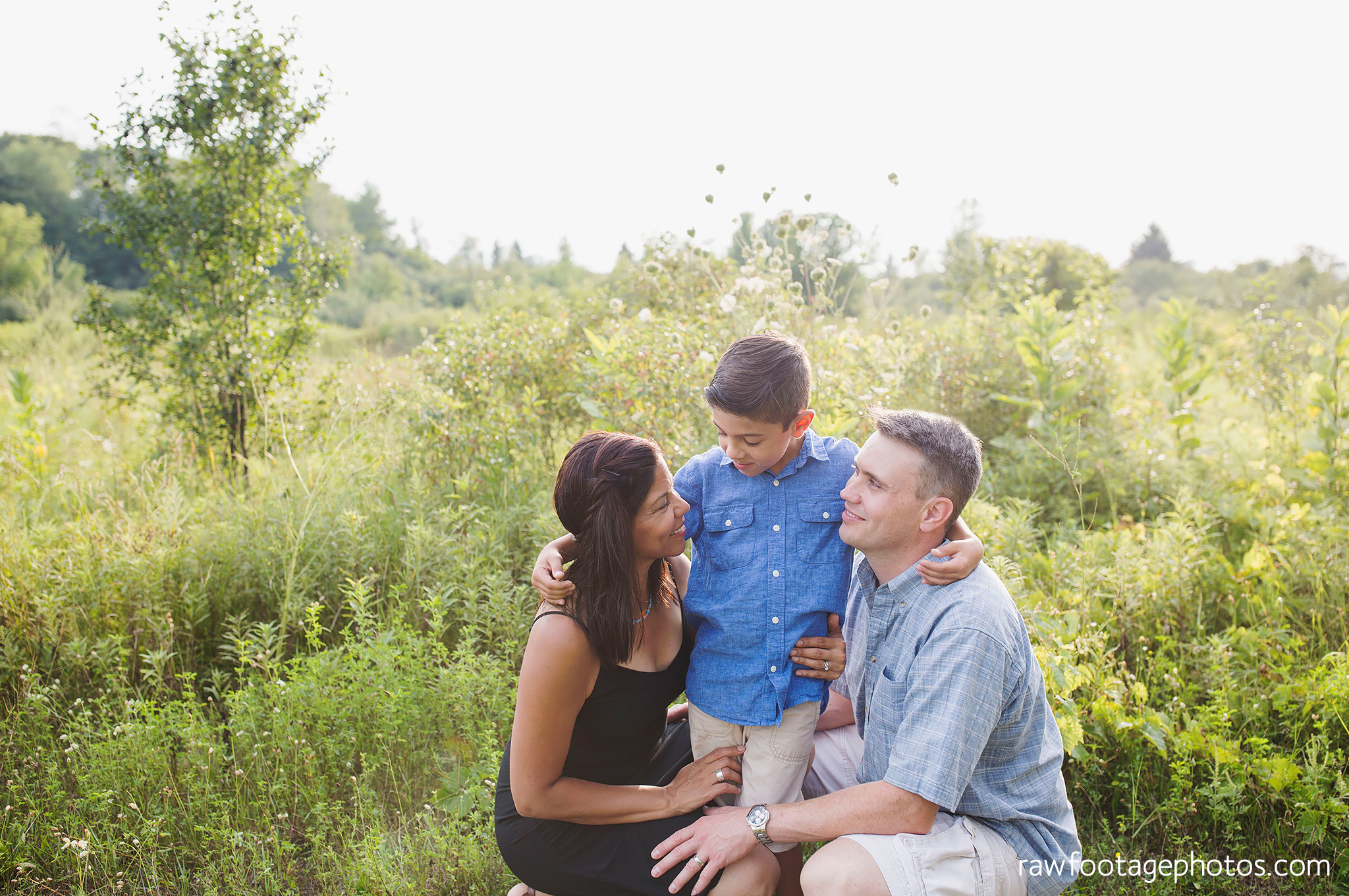 LONDON_ONTARIO_FAMILY_PHOTOGRAPHER-FALL_FAMILY_SESSION-RAW_FOOTAGE_PHOTOGRAPHY013.jpg