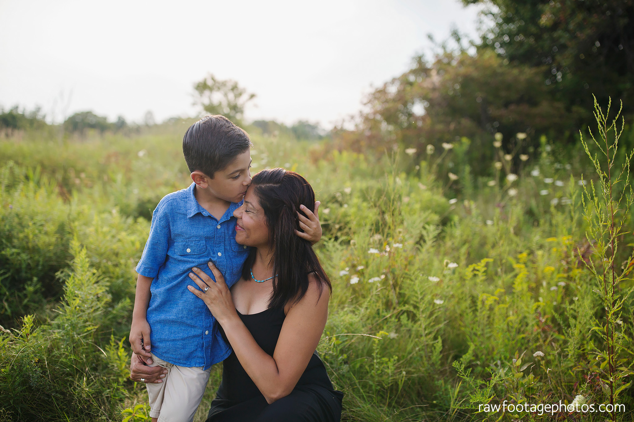 LONDON_ONTARIO_FAMILY_PHOTOGRAPHER-FALL_FAMILY_SESSION-RAW_FOOTAGE_PHOTOGRAPHY012.jpg