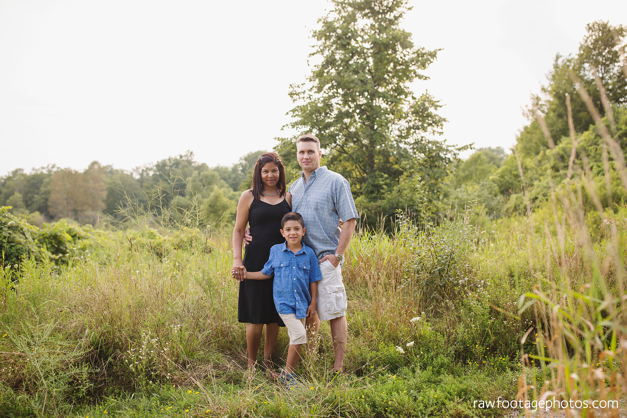 LONDON_ONTARIO_FAMILY_PHOTOGRAPHER-FALL_FAMILY_SESSION-RAW_FOOTAGE_PHOTOGRAPHY004.jpg