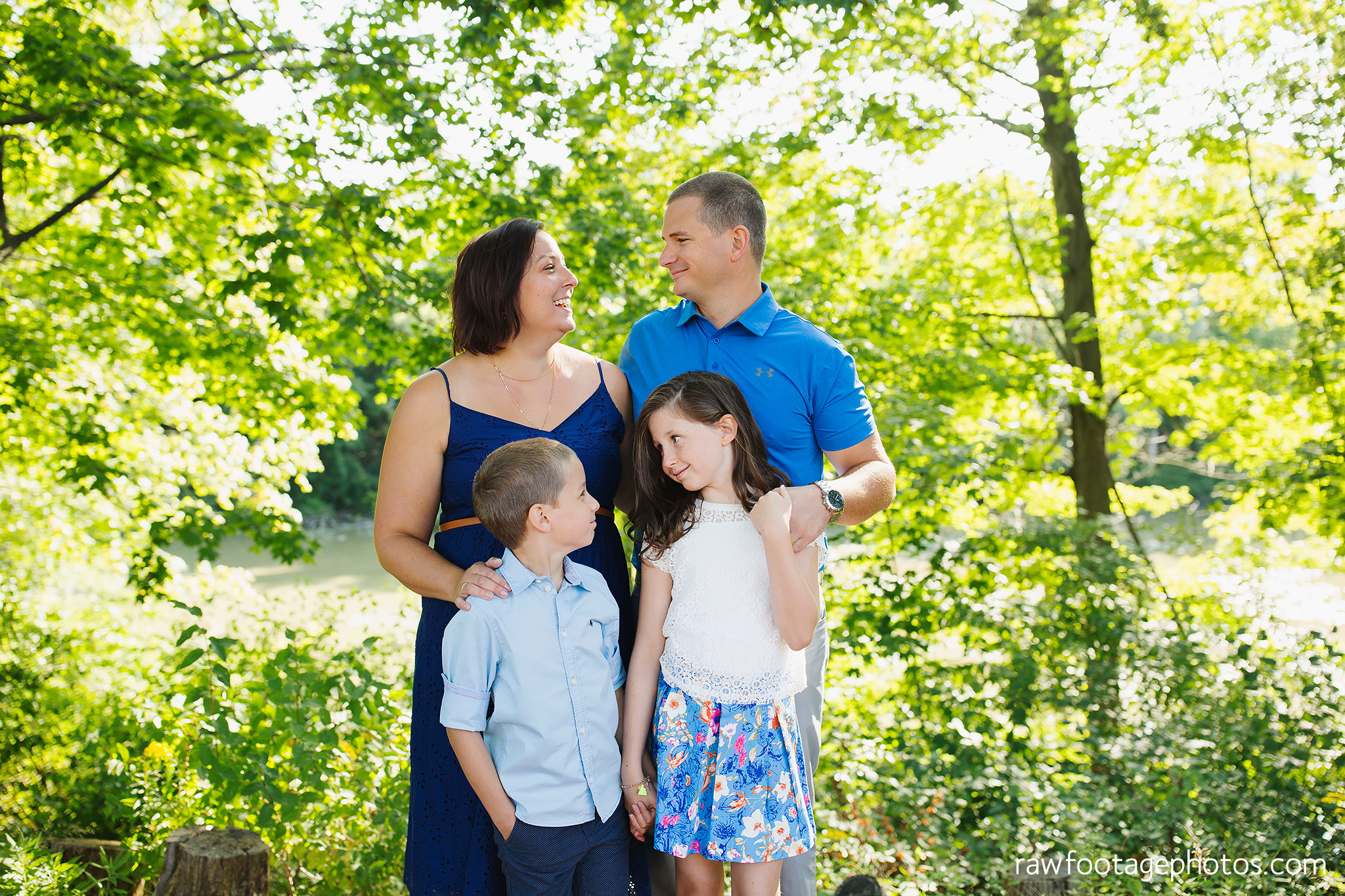 london_ontario_extended_family_backyard_session-raw_footage_photography024.jpg
