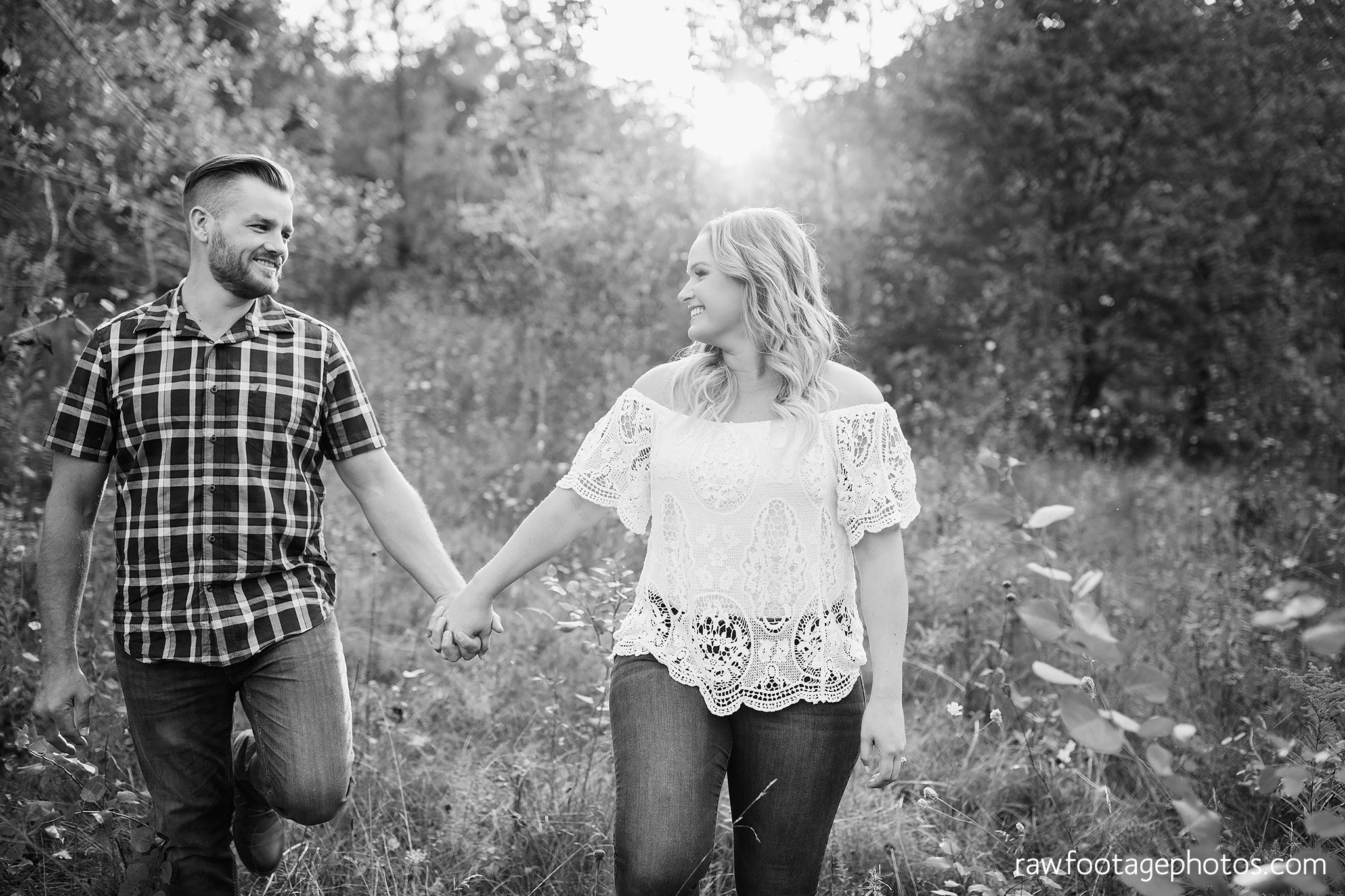 london_ontario_wedding_photographer-woodsy_engagement_session-e_session-engagement_photos-medway_creek-medway_heritage_forest-raw_forest_photography005.jpg