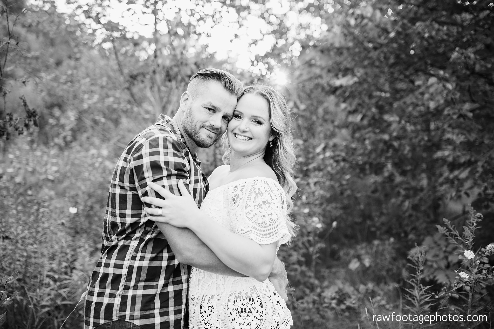 london_ontario_wedding_photographer-woodsy_engagement_session-e_session-engagement_photos-medway_creek-medway_heritage_forest-raw_forest_photography007.jpg