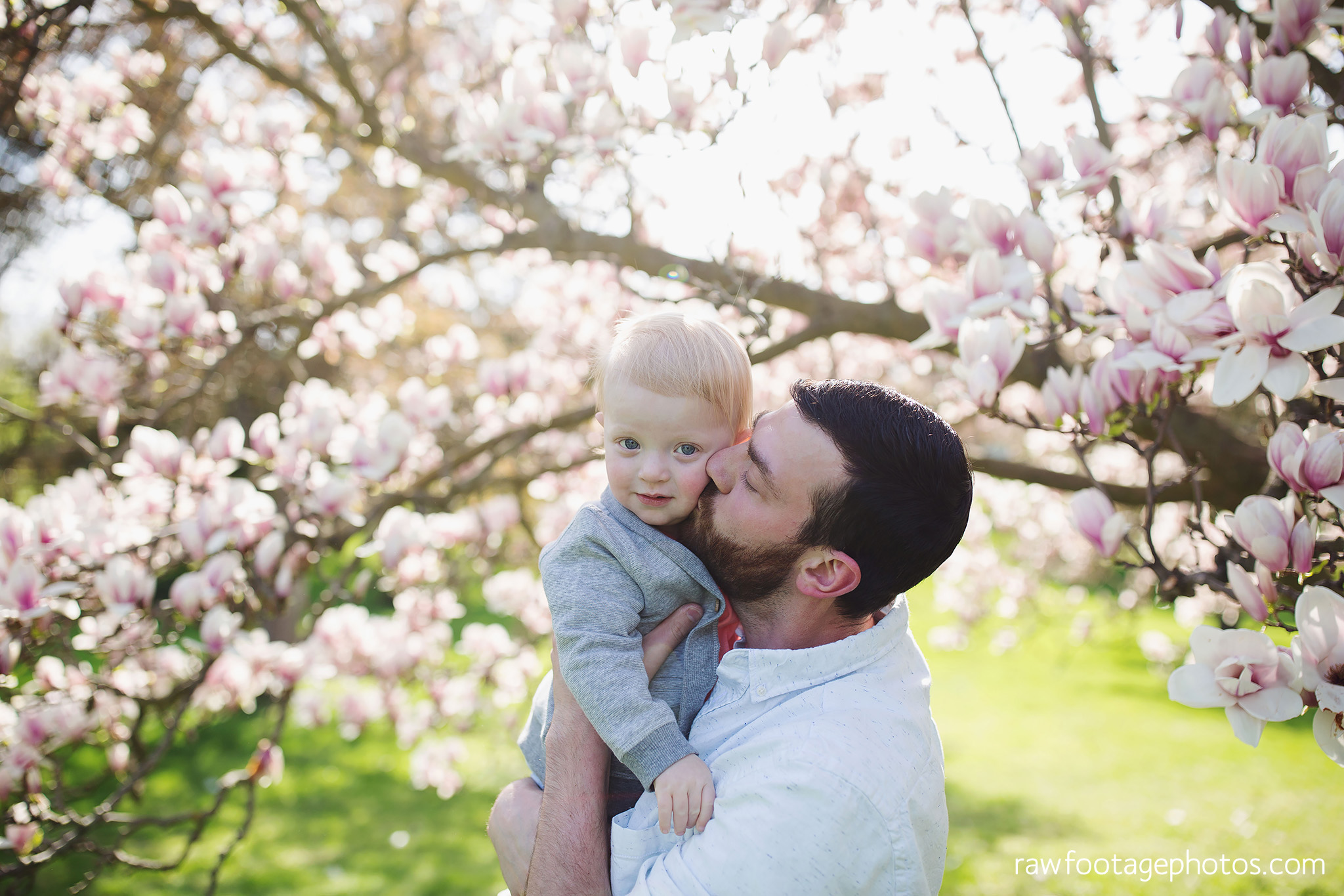 london_ontario_family_photographer-raw_footage_photography-spring_blossom_mini_sessions-magnolia-springbank_park012.jpg