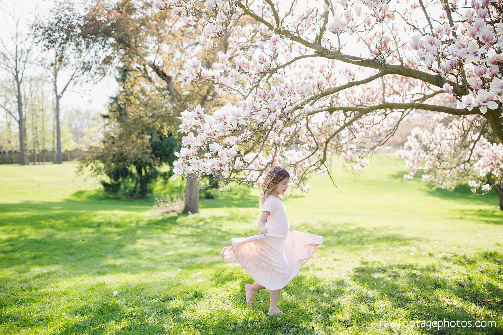 london_ontario_family_photographer-raw_footage_photography-spring_blossom_mini_sessions-magnolia-springbank_park017.jpg