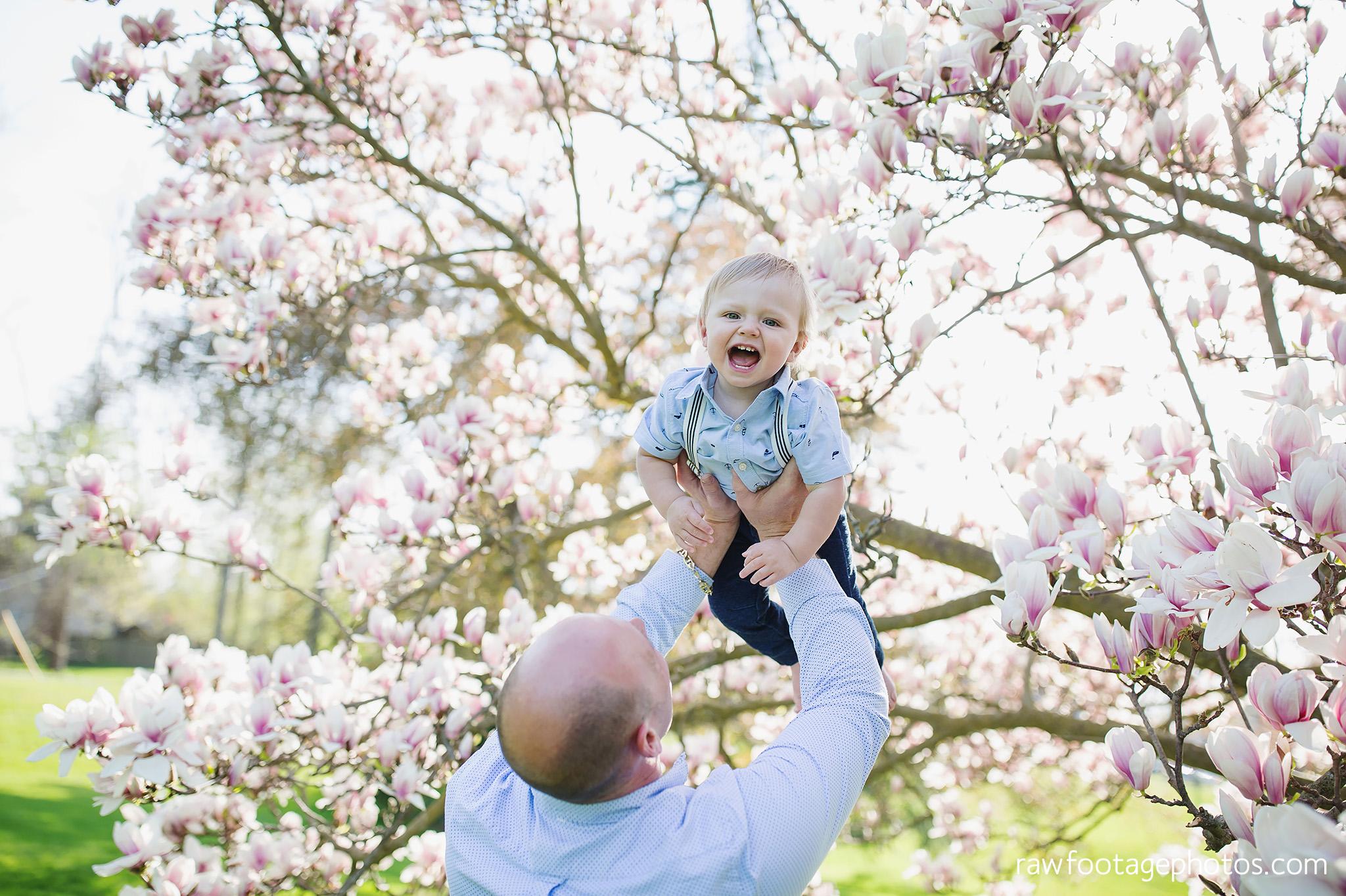 london_ontario_family_photographer-raw_footage_photography-spring_blossom_mini_sessions-magnolia-springbank_park020.jpg