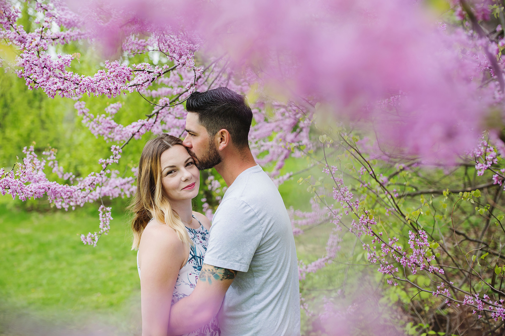 london_ontario_family_photographer-raw_footage_photography-spring_blossom_mini_sessions-magnolia-springbank_park025.jpg