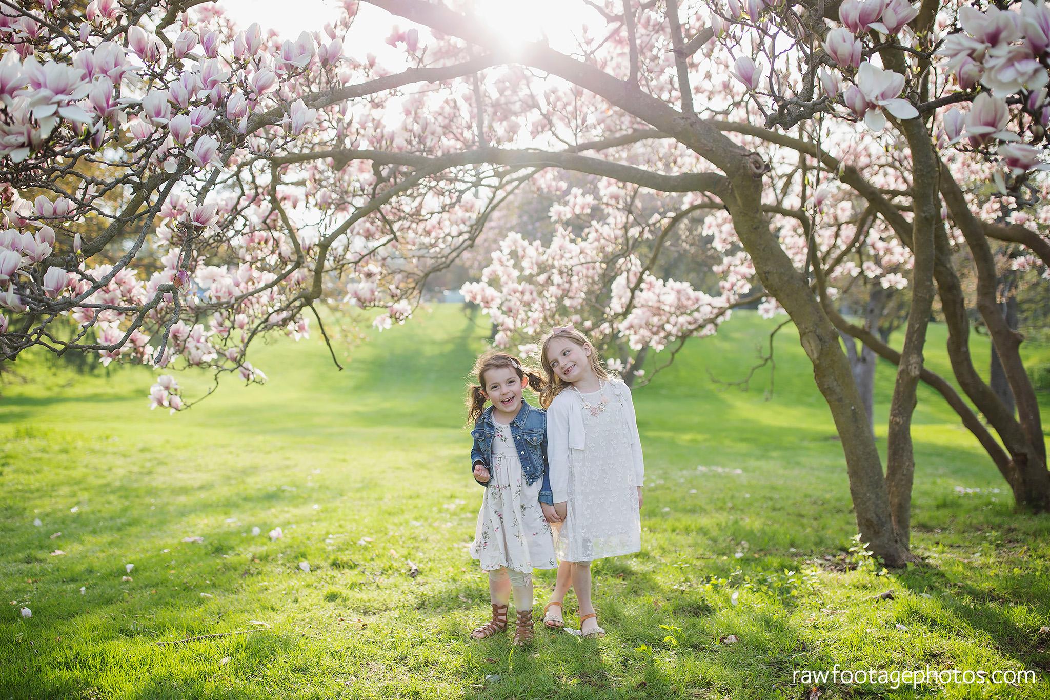 london_ontario_family_photographer-raw_footage_photography-spring_blossom_mini_sessions-magnolia-springbank_park032.jpg