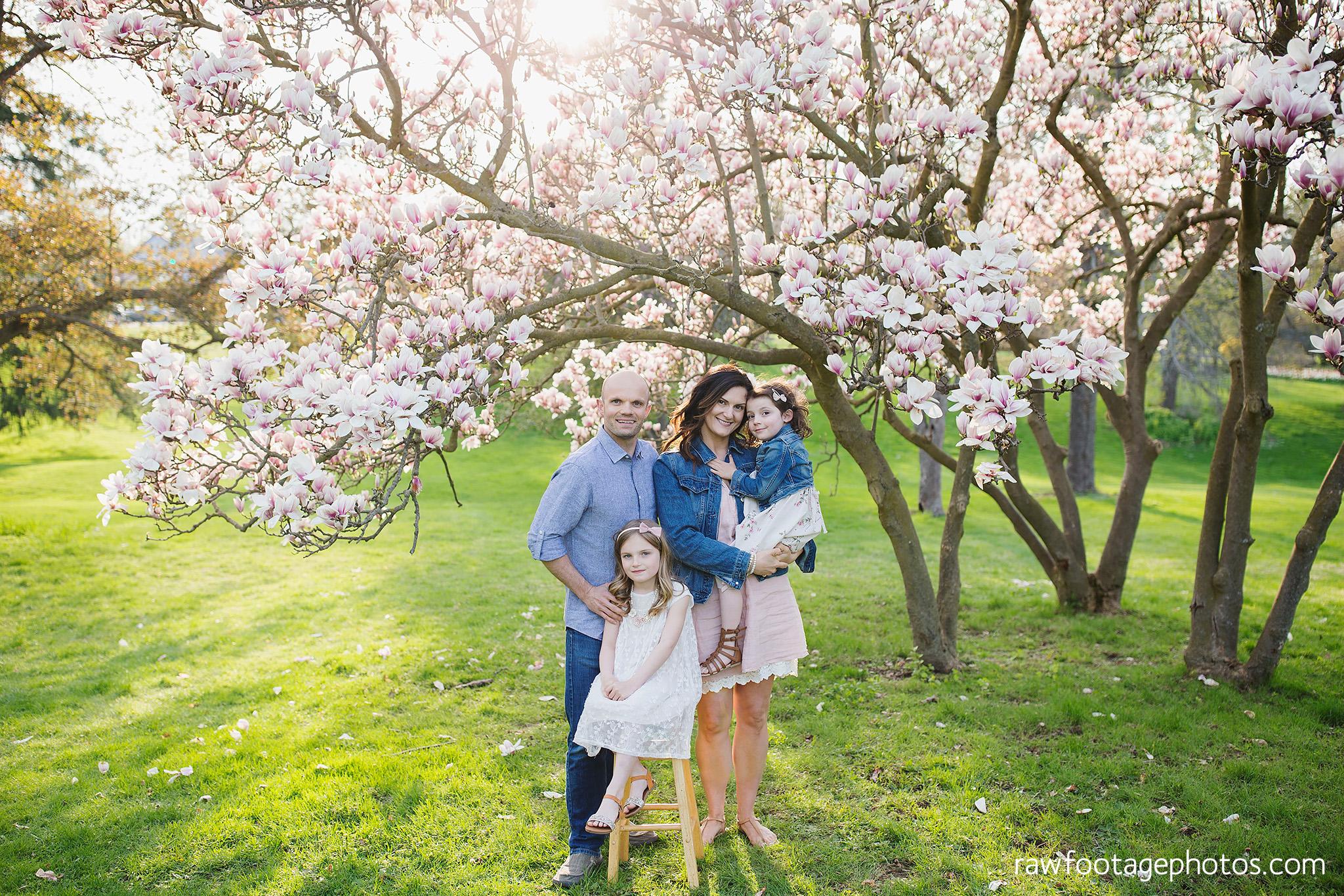 london_ontario_family_photographer-raw_footage_photography-spring_blossom_mini_sessions-magnolia-springbank_park036.jpg
