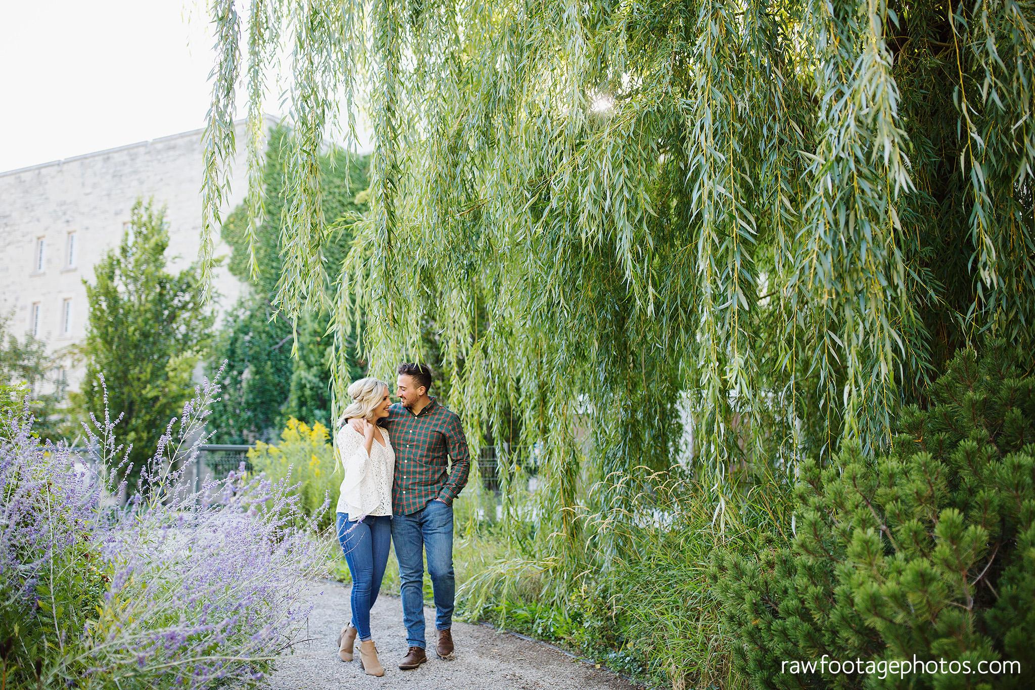 london_ontario_wedding_photographer-raw_footage_photography-engagement_session-uwo-campus-gibbons_park-woods006.jpg