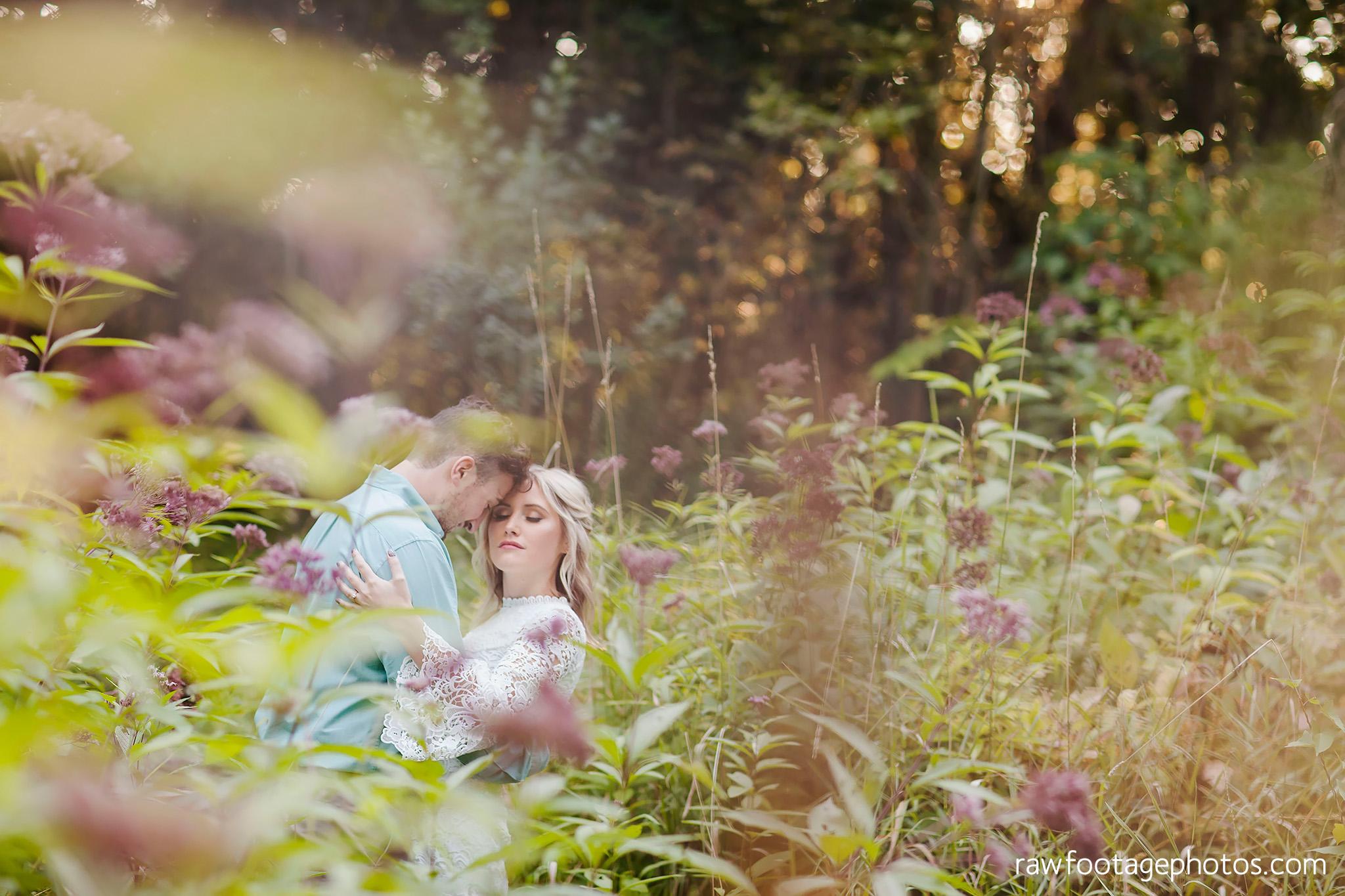 london_ontario_wedding_photographer-raw_footage_photography-engagement_session-uwo-campus-gibbons_park-woods028.jpg