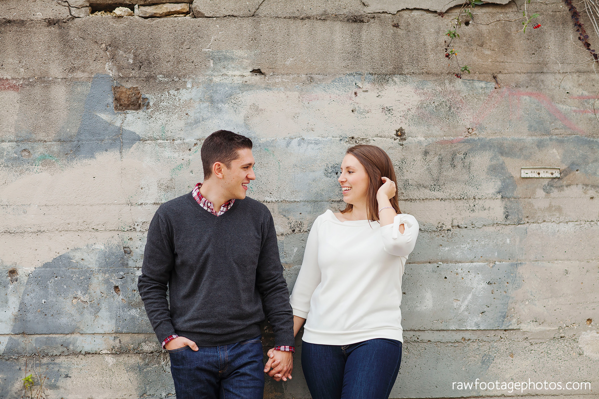 london_ontario_wedding_photographer-downtown_engagement_session-raw_footage_photography010.jpg