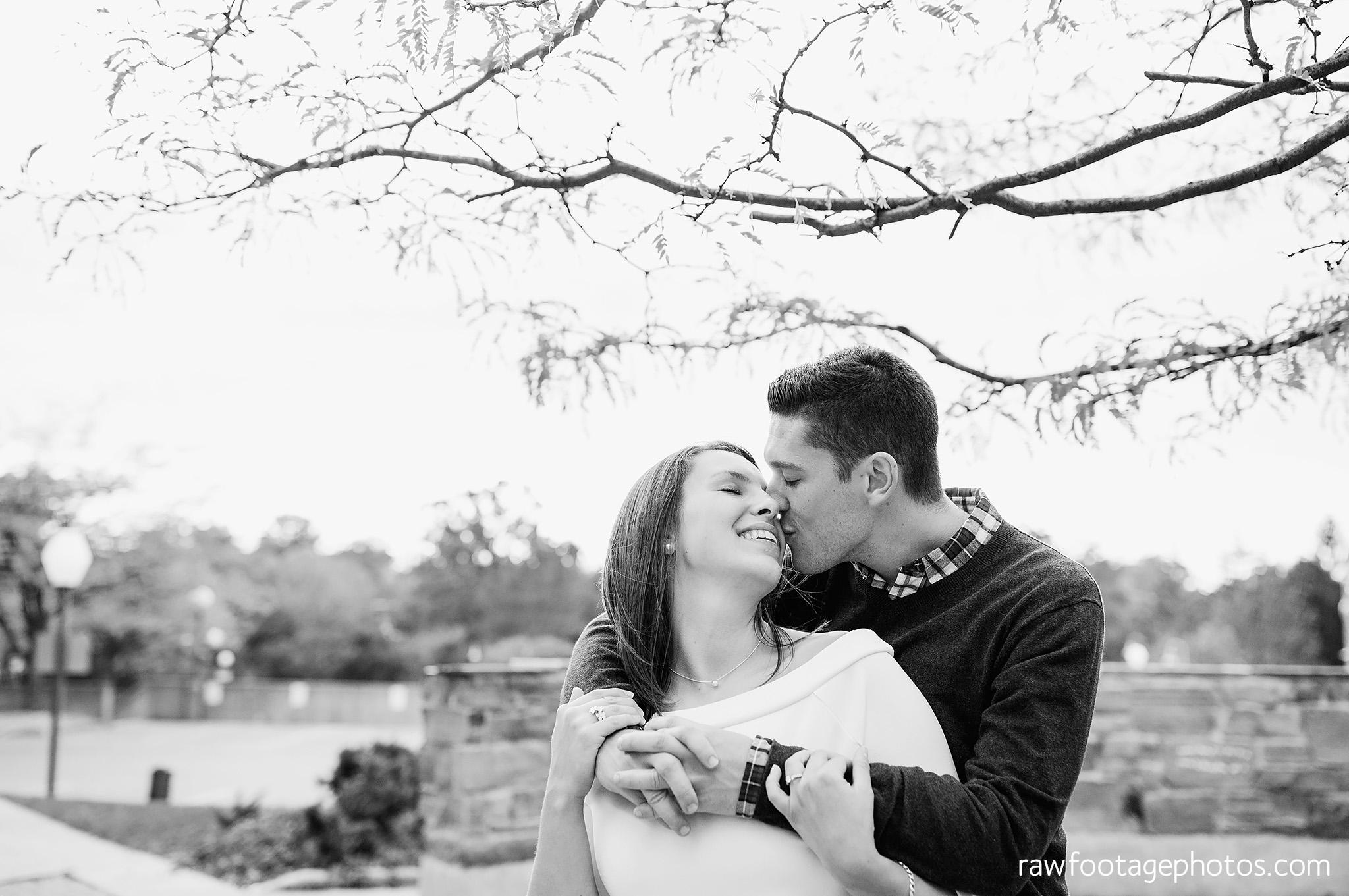 london_ontario_wedding_photographer-downtown_engagement_session-raw_footage_photography030.jpg
