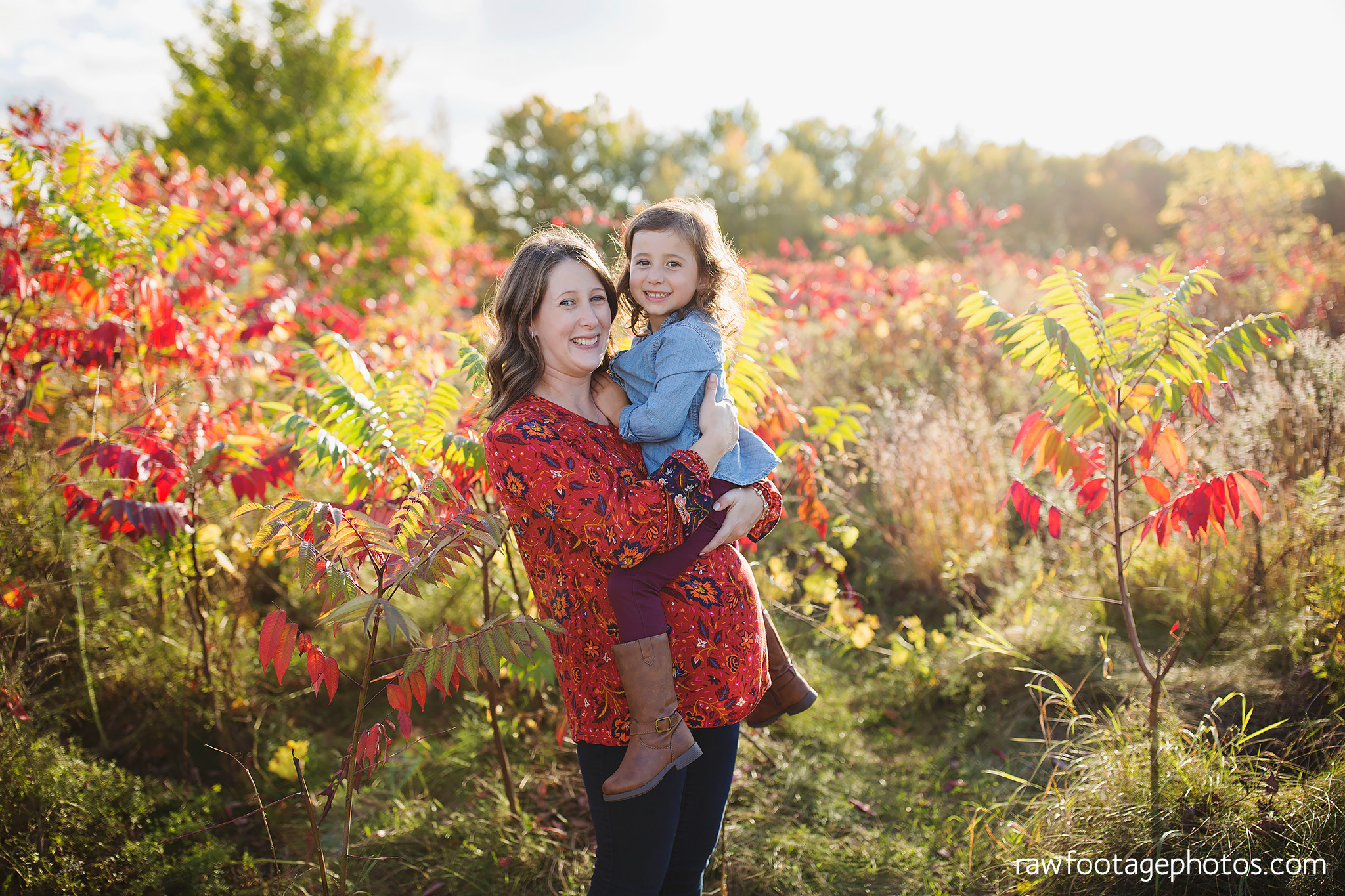 london_ontario_family_photographer-golden_hour_maternity_session-raw_footage_photography008.jpg