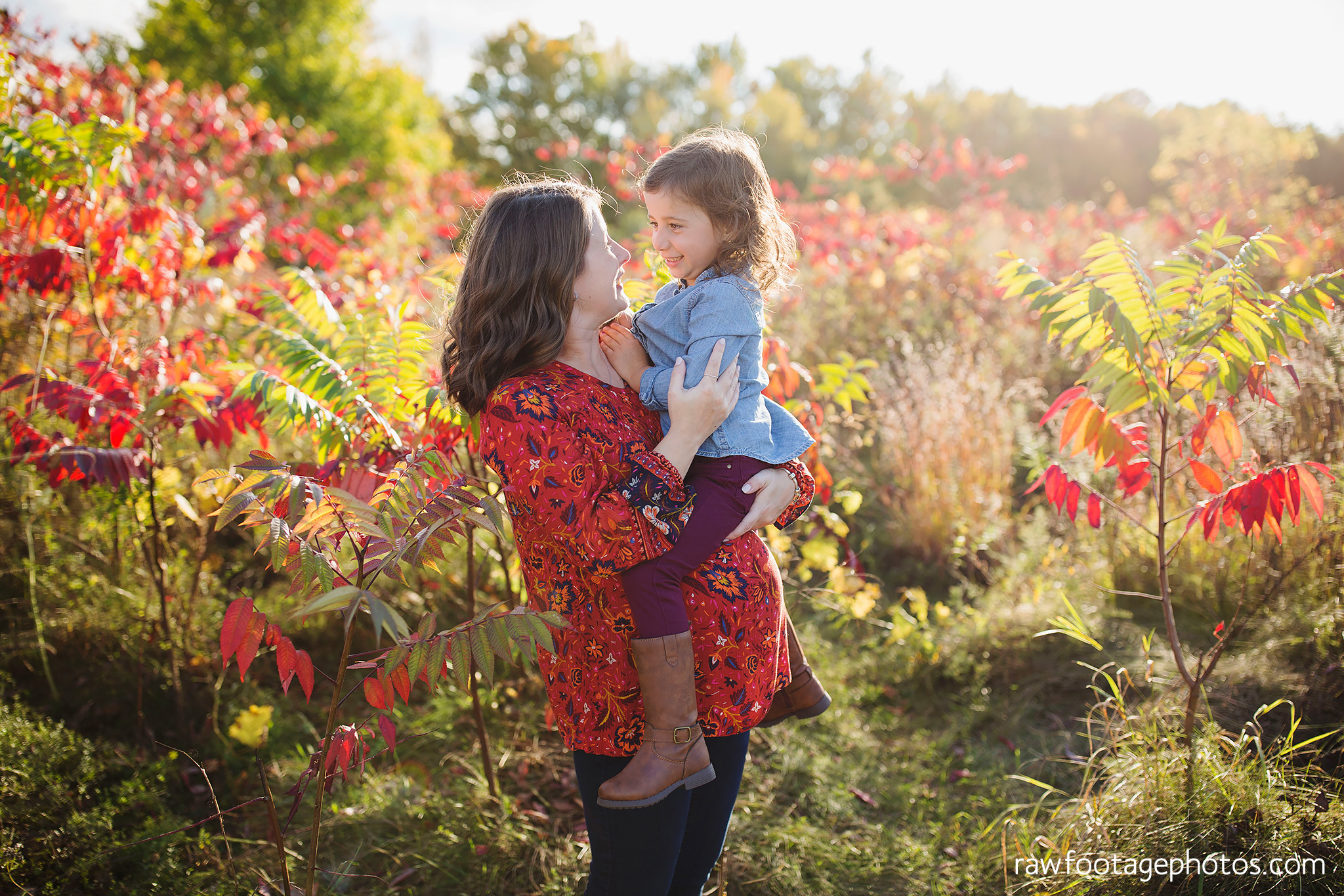 london_ontario_family_photographer-golden_hour_maternity_session-raw_footage_photography009.jpg