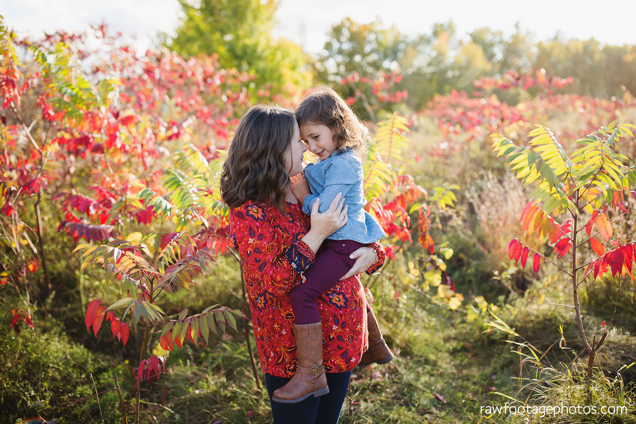 london_ontario_family_photographer-golden_hour_maternity_session-raw_footage_photography010.jpg