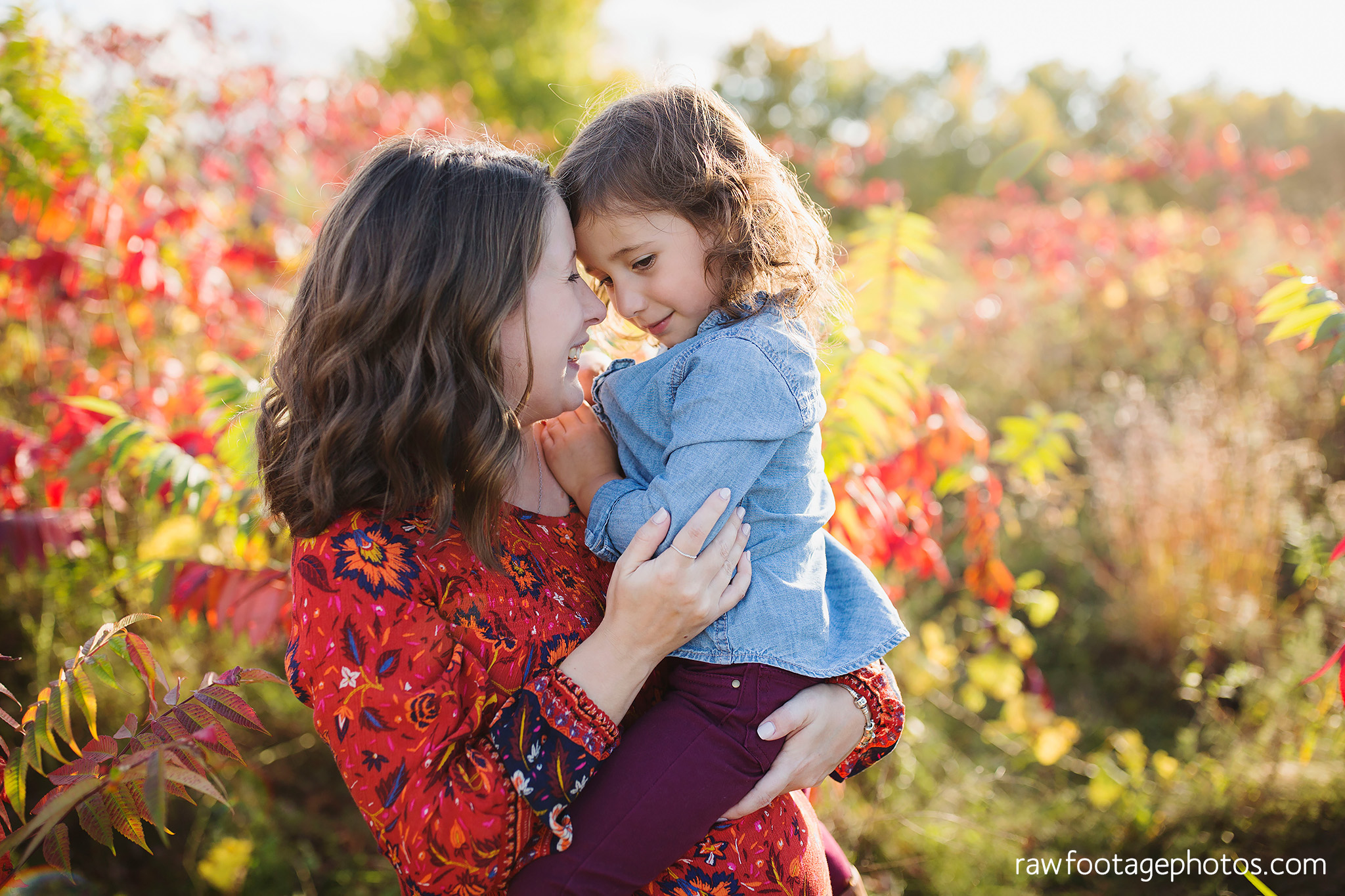 london_ontario_family_photographer-golden_hour_maternity_session-raw_footage_photography012.jpg