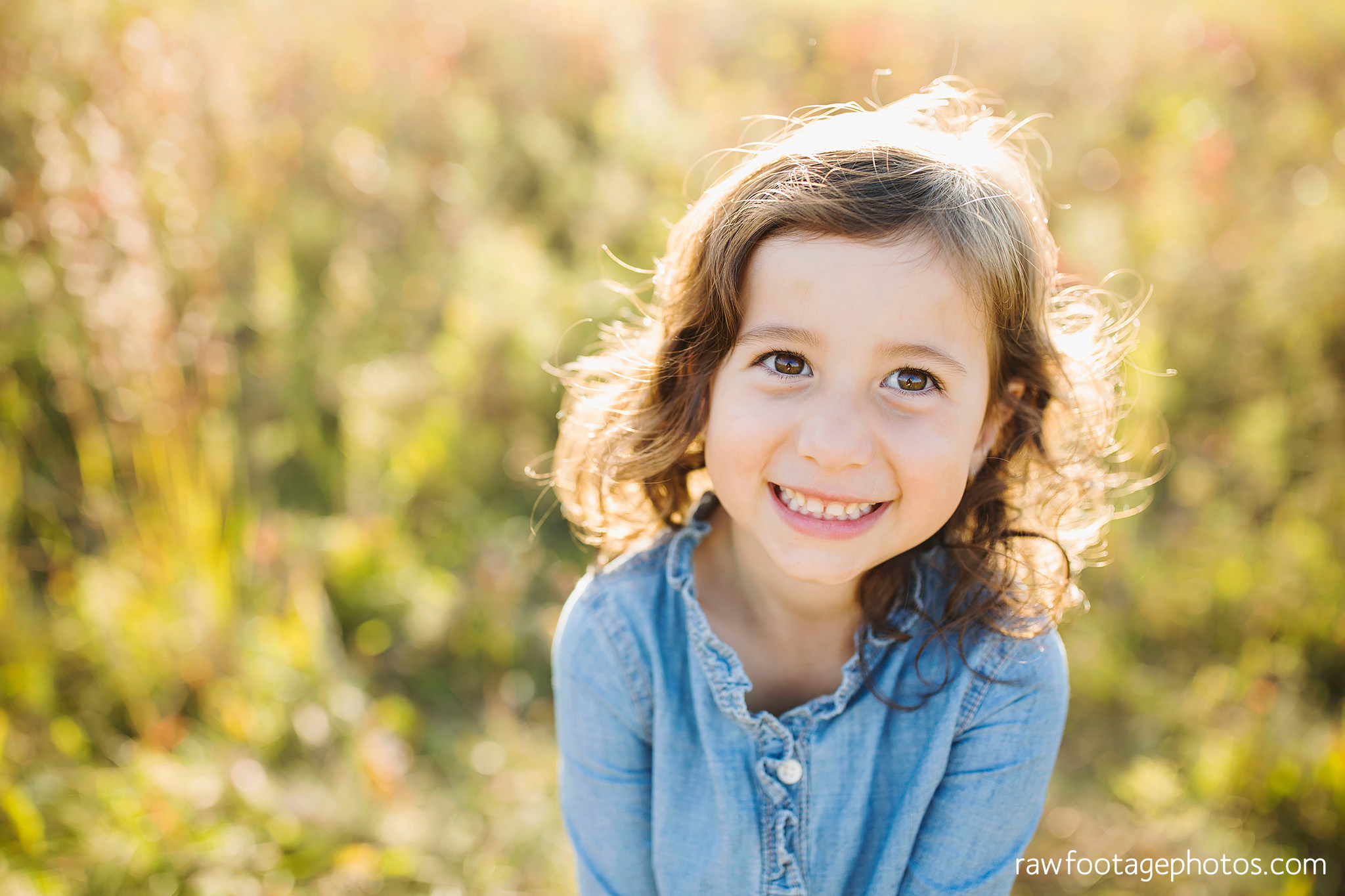 london_ontario_family_photographer-golden_hour_maternity_session-raw_footage_photography019.jpg