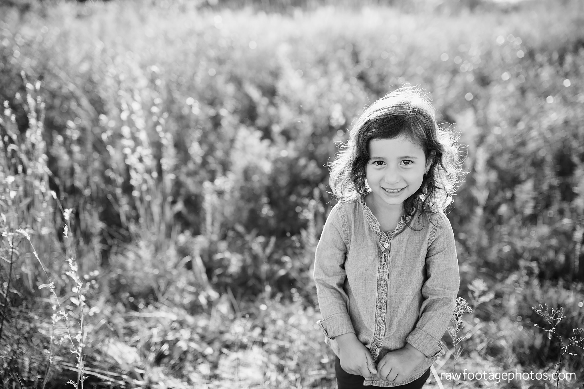 london_ontario_family_photographer-golden_hour_maternity_session-raw_footage_photography020.jpg