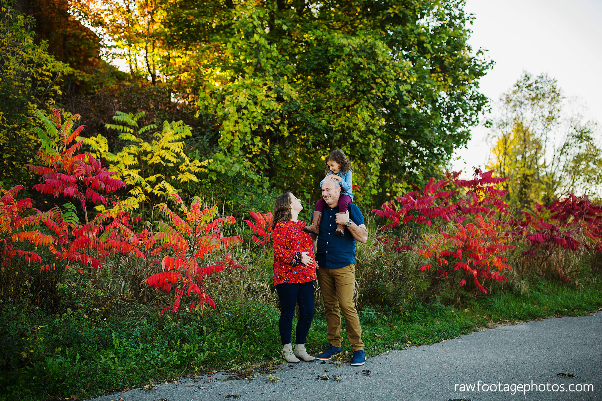 london_ontario_family_photographer-golden_hour_maternity_session-raw_footage_photography028.jpg