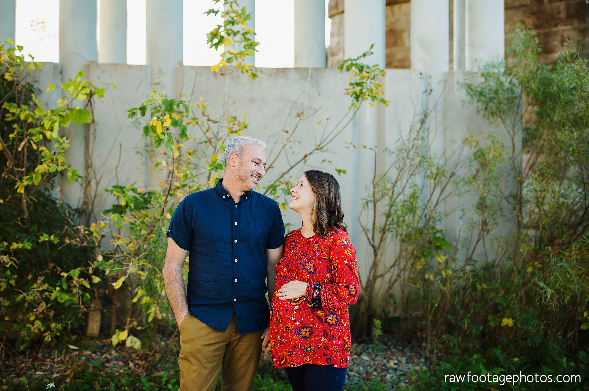 london_ontario_family_photographer-golden_hour_maternity_session-raw_footage_photography034.jpg
