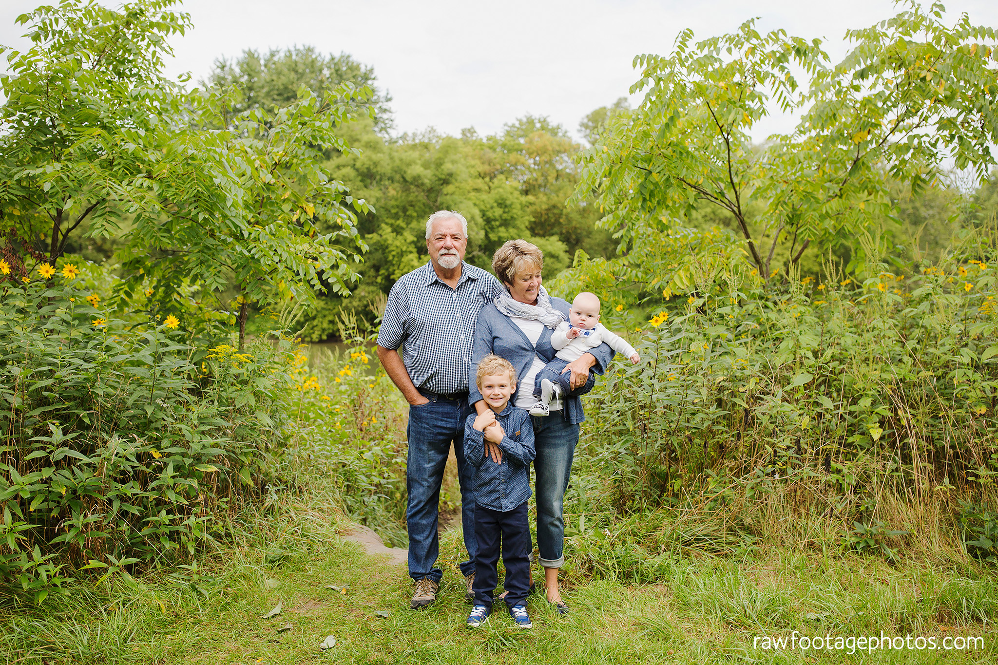 london_ontario_extended_family_photographer-raw_footage_photography004.jpg