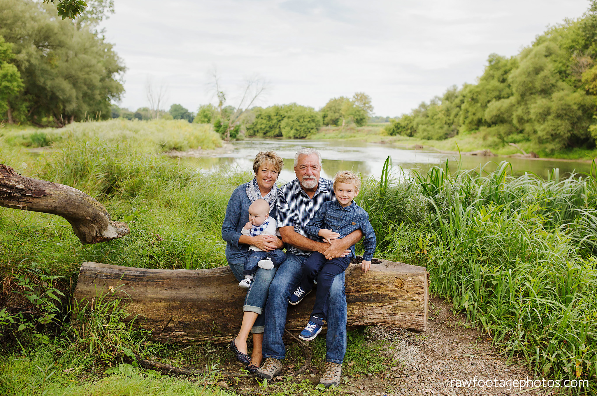 london_ontario_extended_family_photographer-raw_footage_photography006.jpg