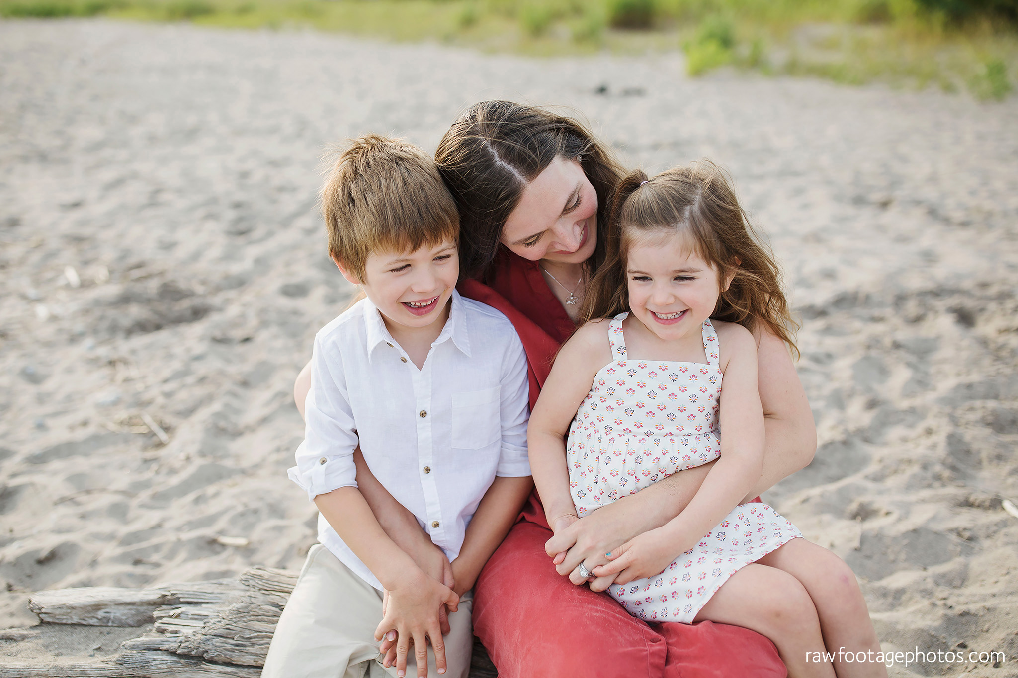 london_ontario_family_photographer-beach_minis-port_stanley_beach-raw_footage_photography001.jpg