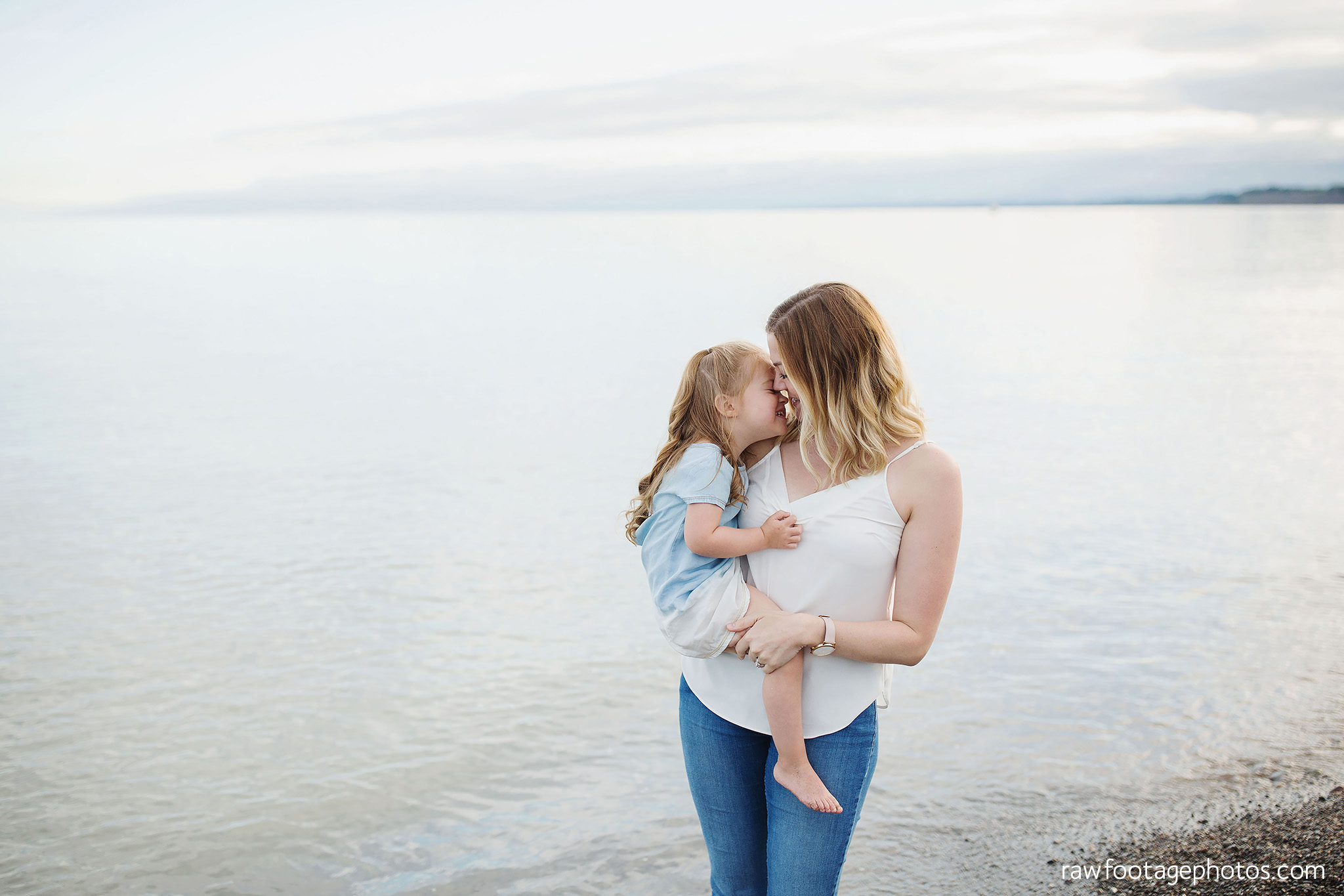 london_ontario_family_photographer-beach_minis-port_stanley_beach-raw_footage_photography010.jpg