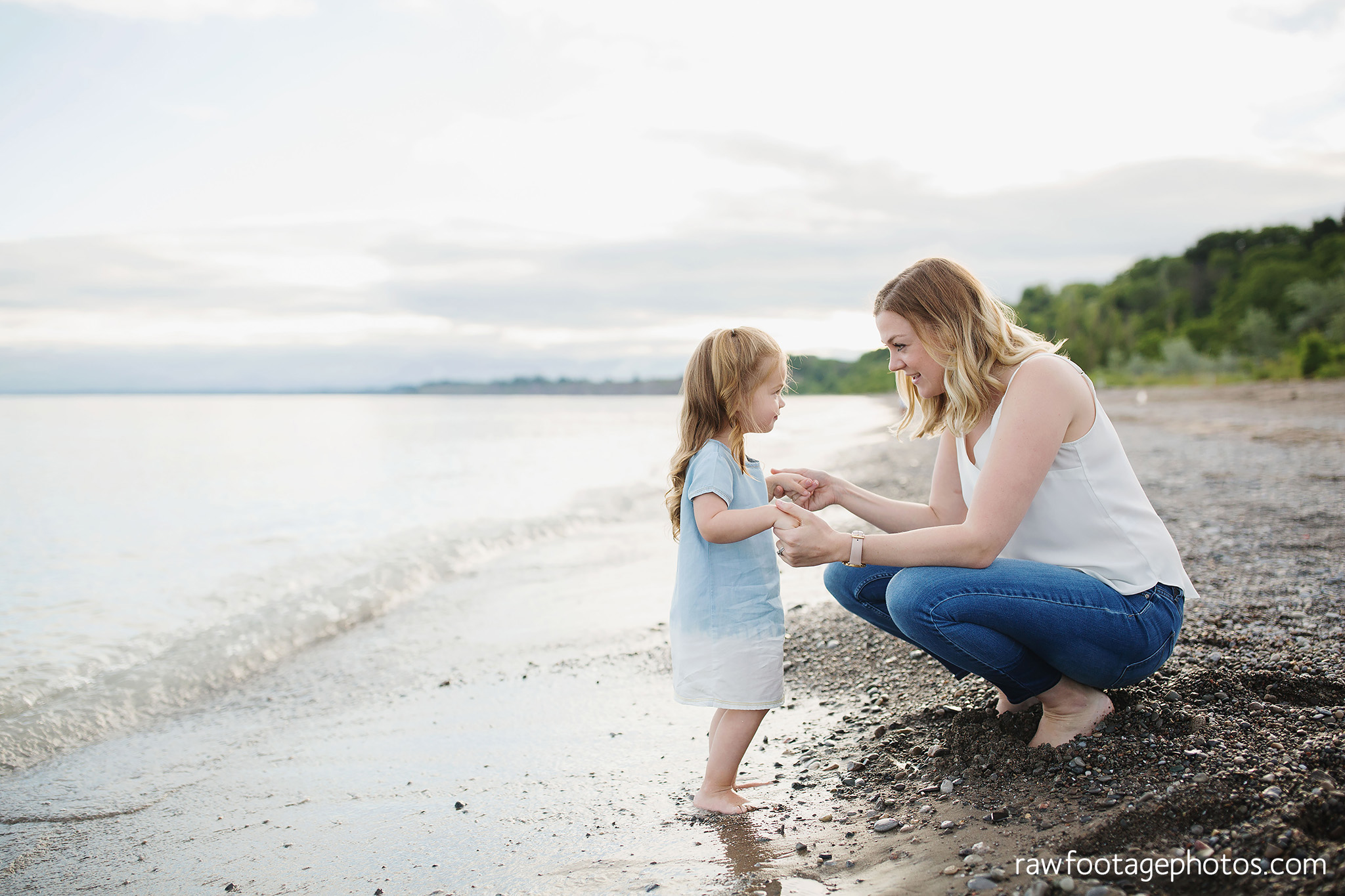 london_ontario_family_photographer-beach_minis-port_stanley_beach-raw_footage_photography011.jpg