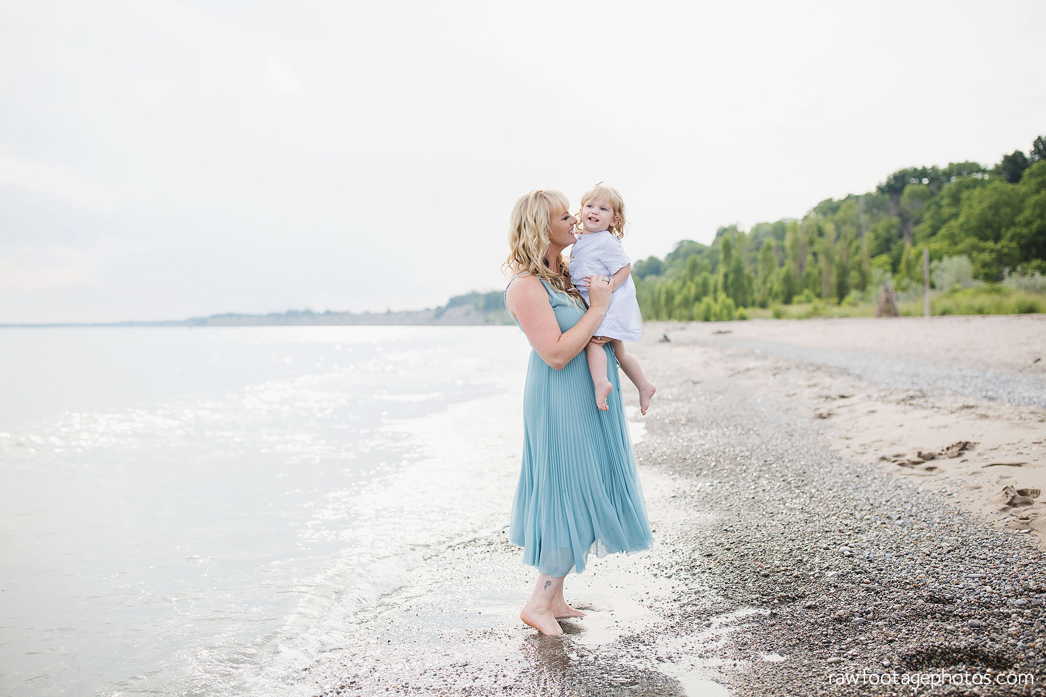 london_ontario_family_photographer-beach_minis-port_stanley_beach-raw_footage_photography019.jpg