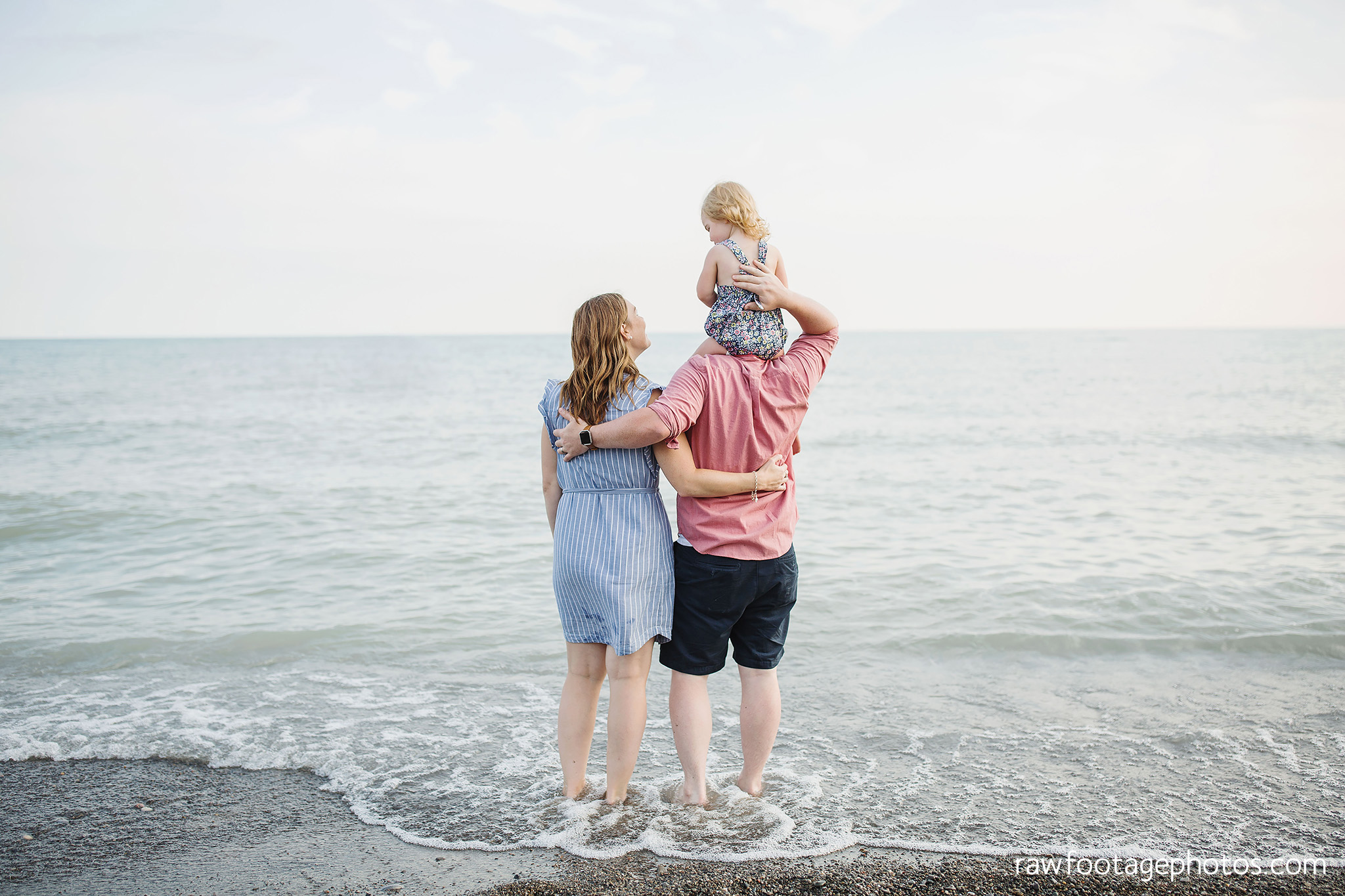 london_ontario_family_photographer-beach_minis-port_stanley_beach-raw_footage_photography037.jpg