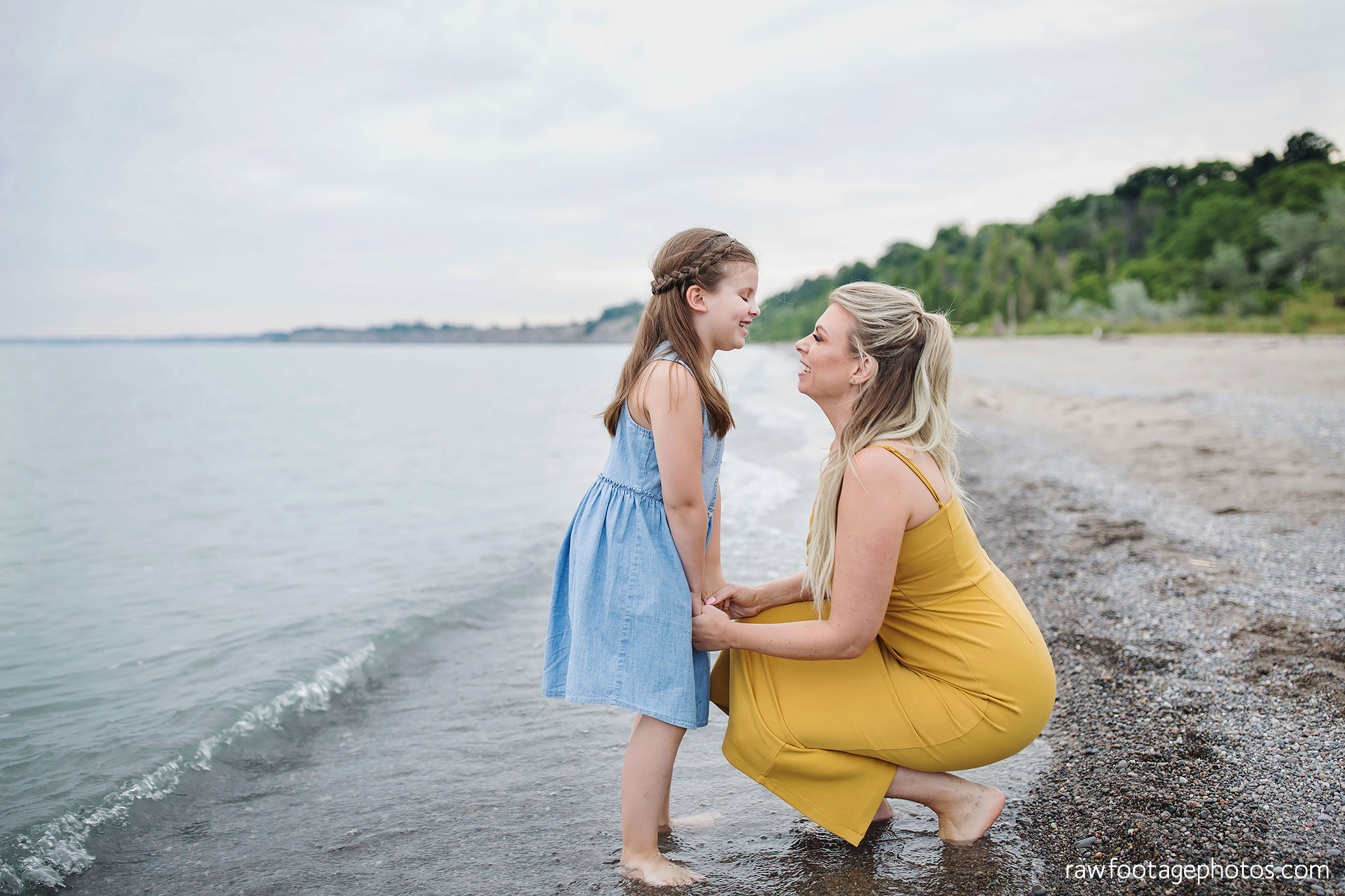 london_ontario_family_photographer-beach_minis-port_stanley_beach-raw_footage_photography042.jpg