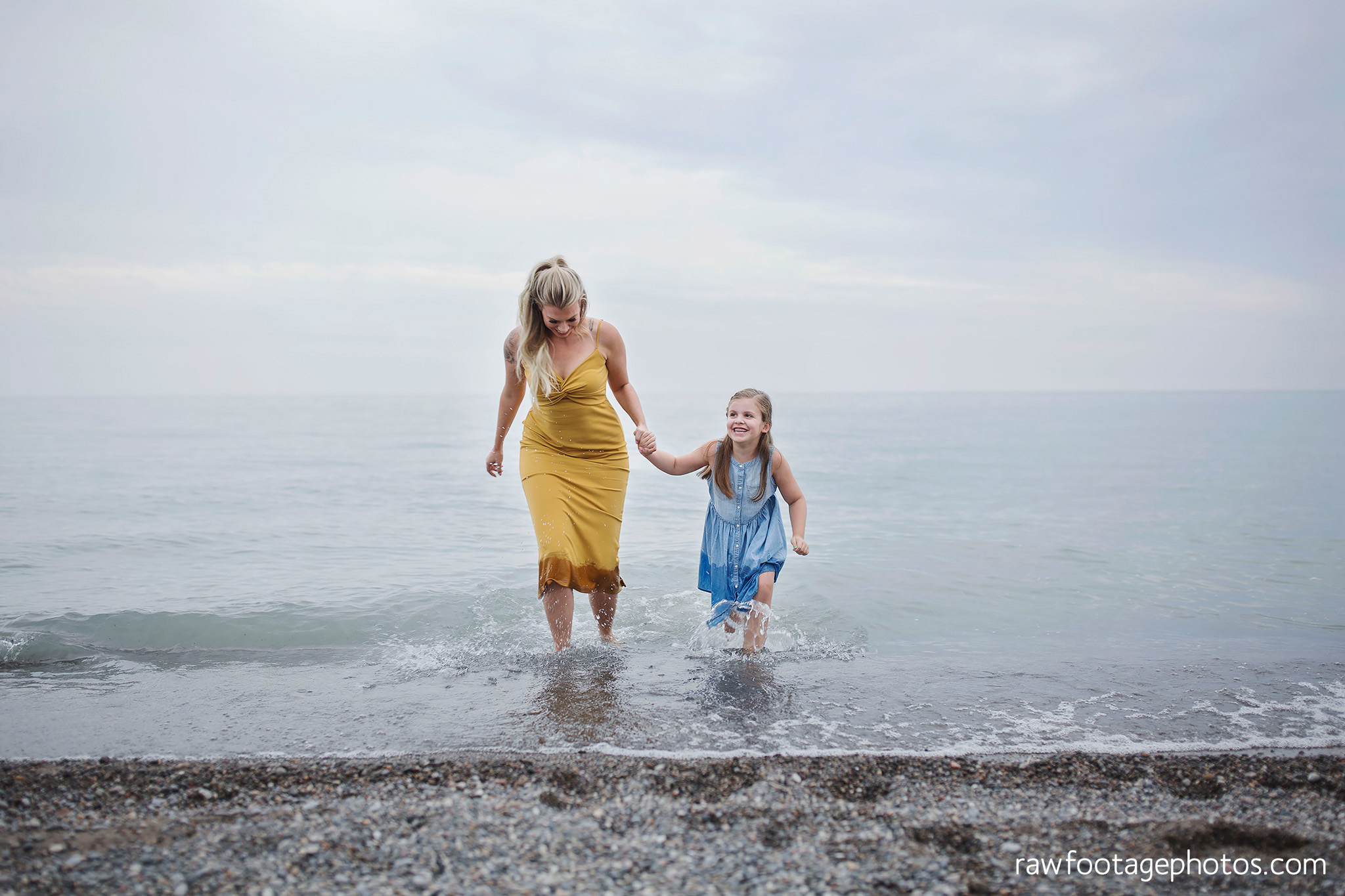 london_ontario_family_photographer-beach_minis-port_stanley_beach-raw_footage_photography045.jpg