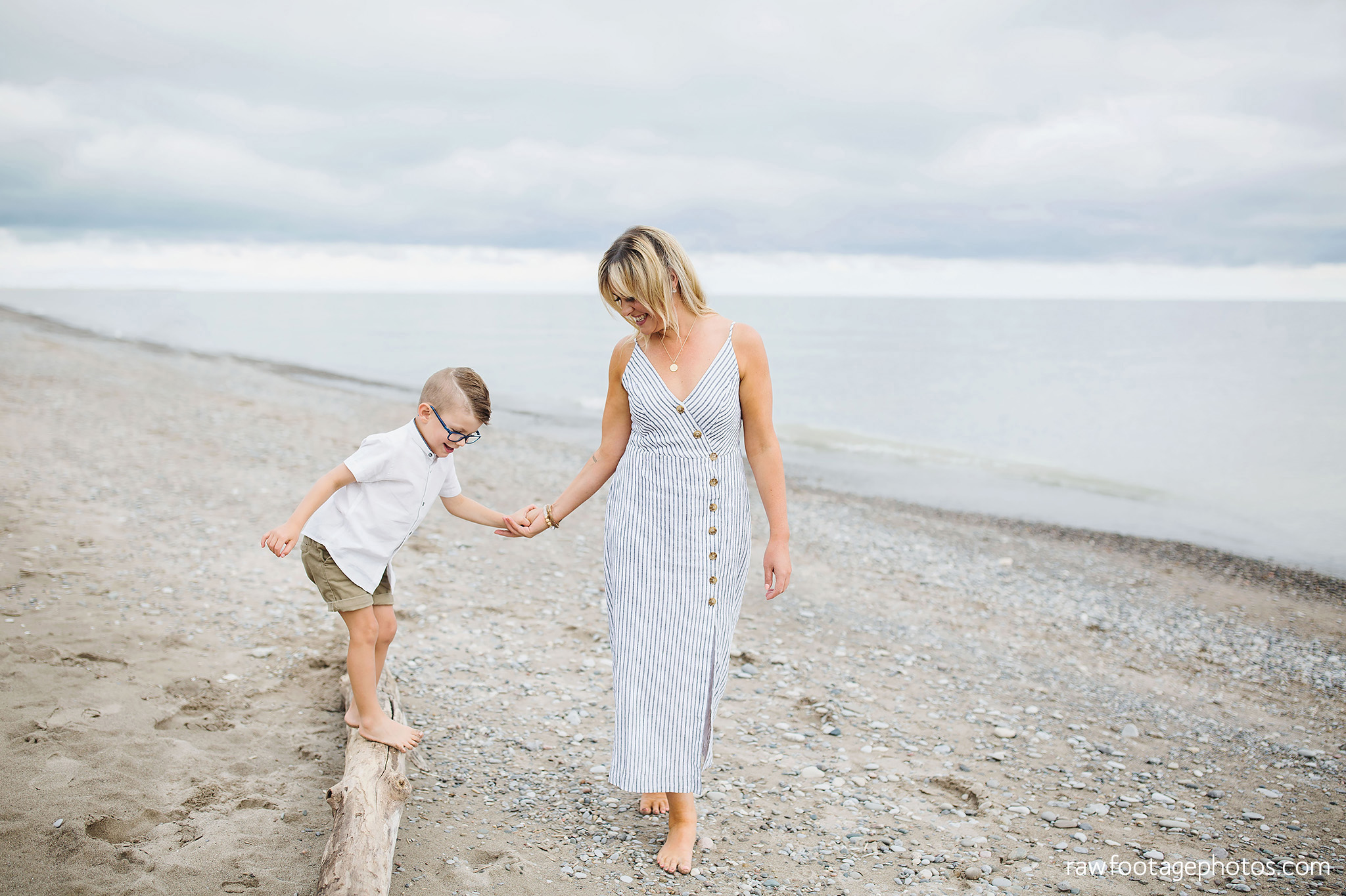 london_ontario_family_photographer-beach_minis-port_stanley_beach-raw_footage_photography063.jpg