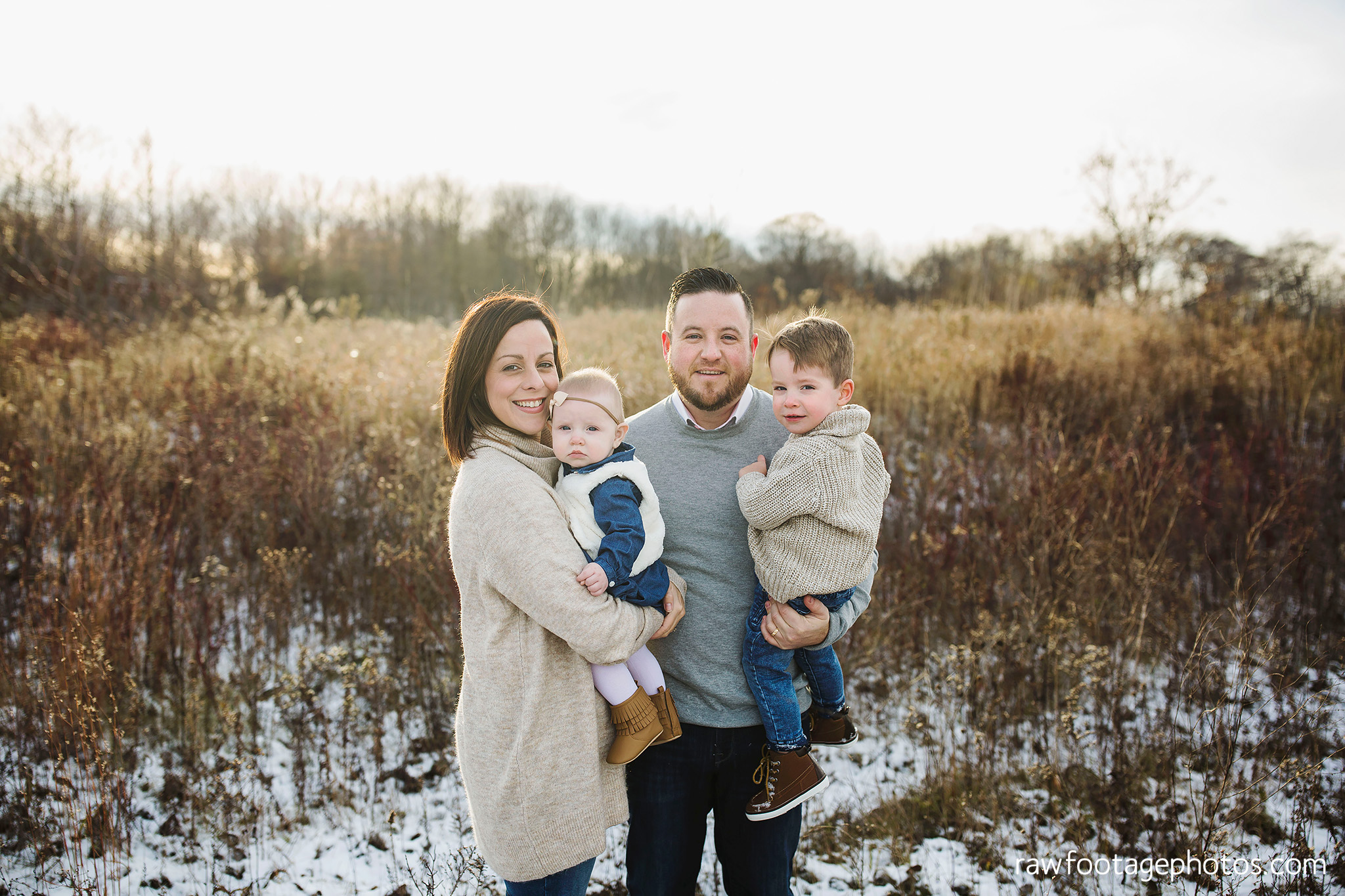 london_ontario_family_photographer-greenhouse_photos-winter_field_photos-raw_footage_photography001.jpg