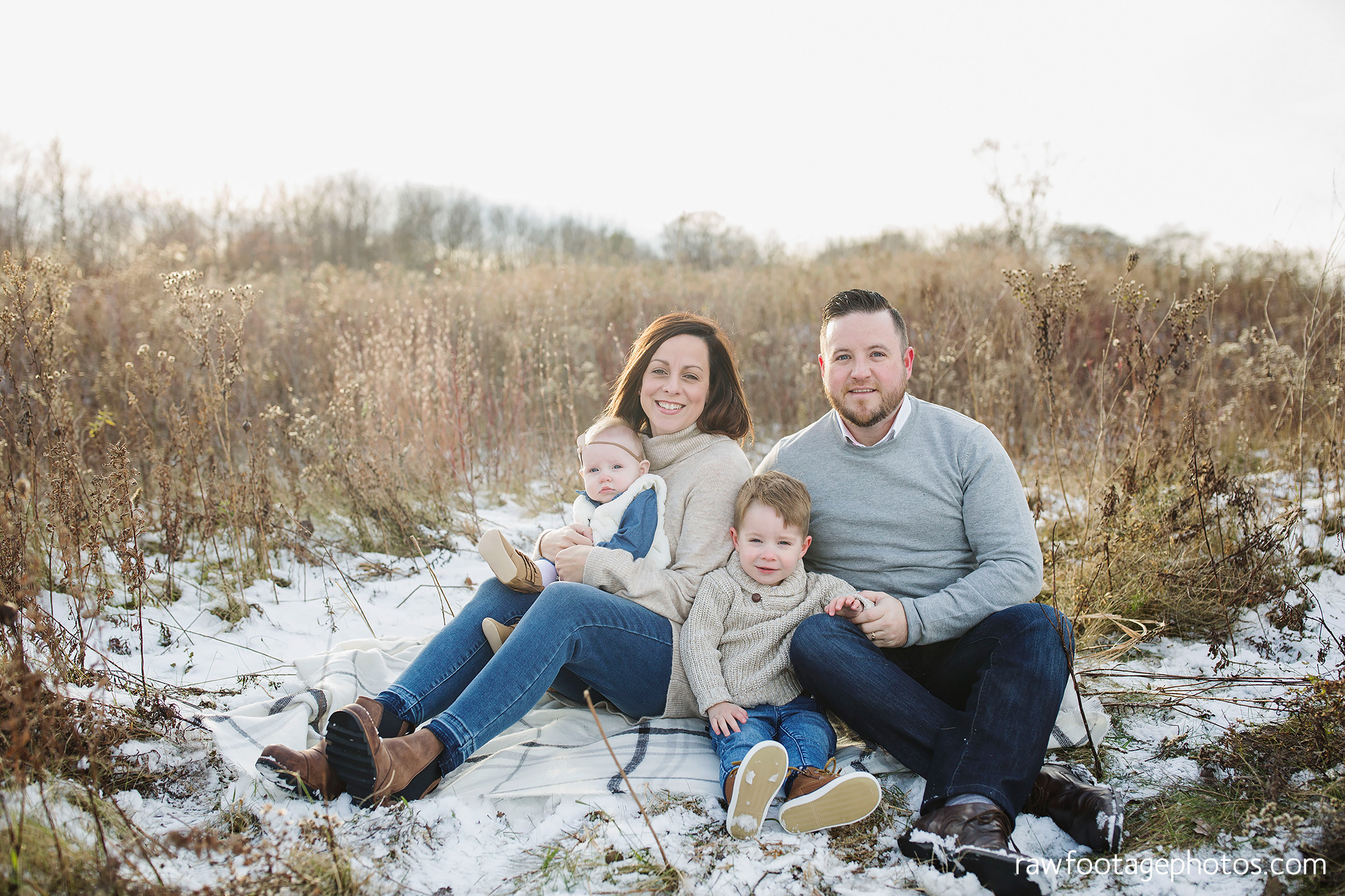 london_ontario_family_photographer-greenhouse_photos-winter_field_photos-raw_footage_photography003.jpg