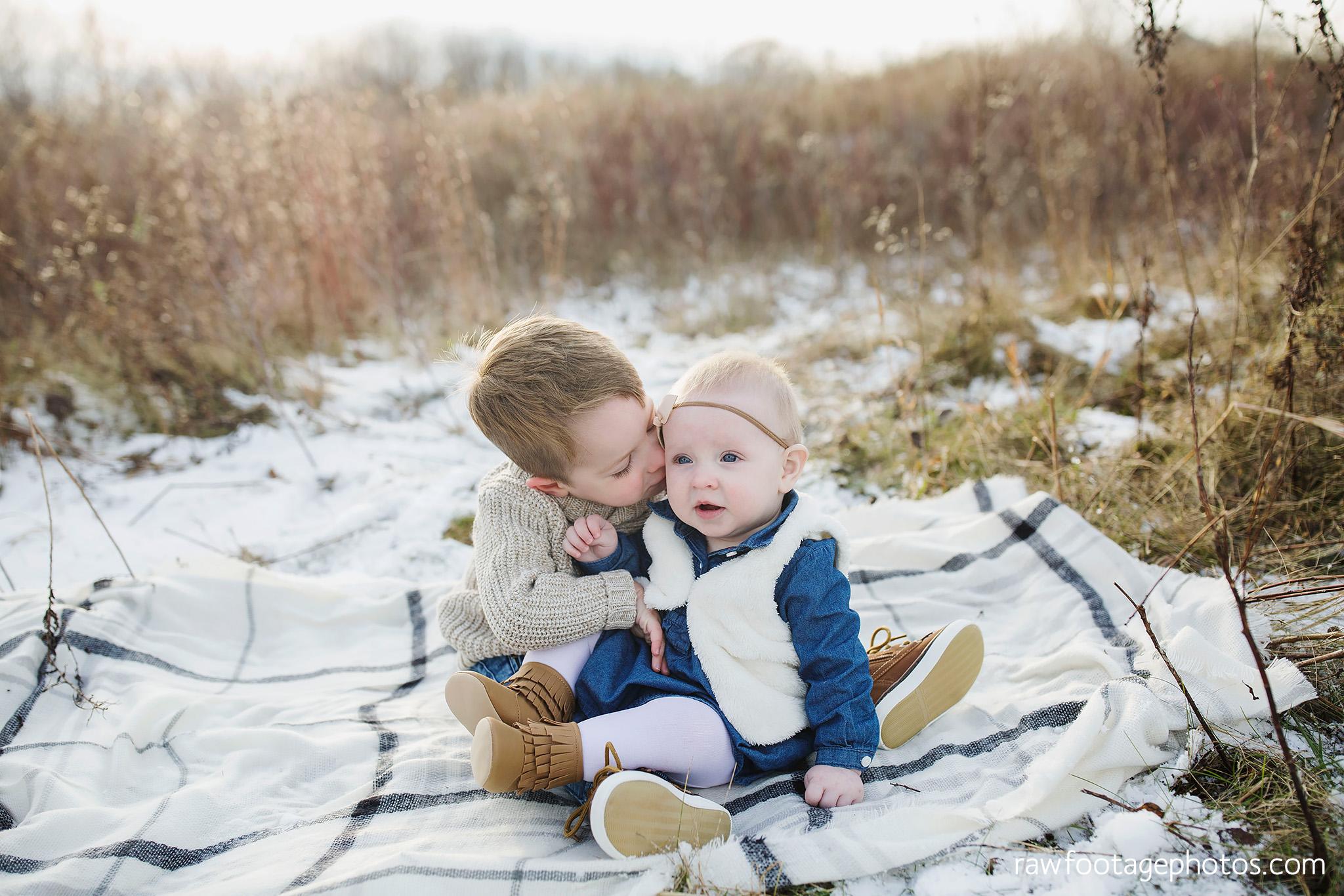 london_ontario_family_photographer-greenhouse_photos-winter_field_photos-raw_footage_photography004.jpg