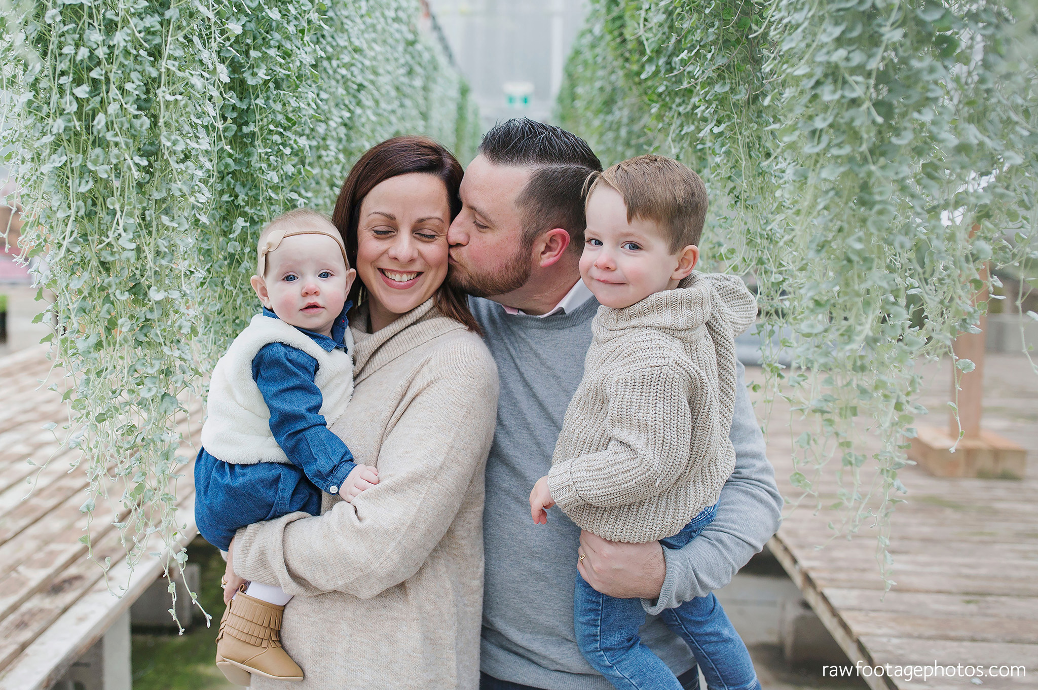 london_ontario_family_photographer-greenhouse_photos-winter_field_photos-raw_footage_photography007.jpg