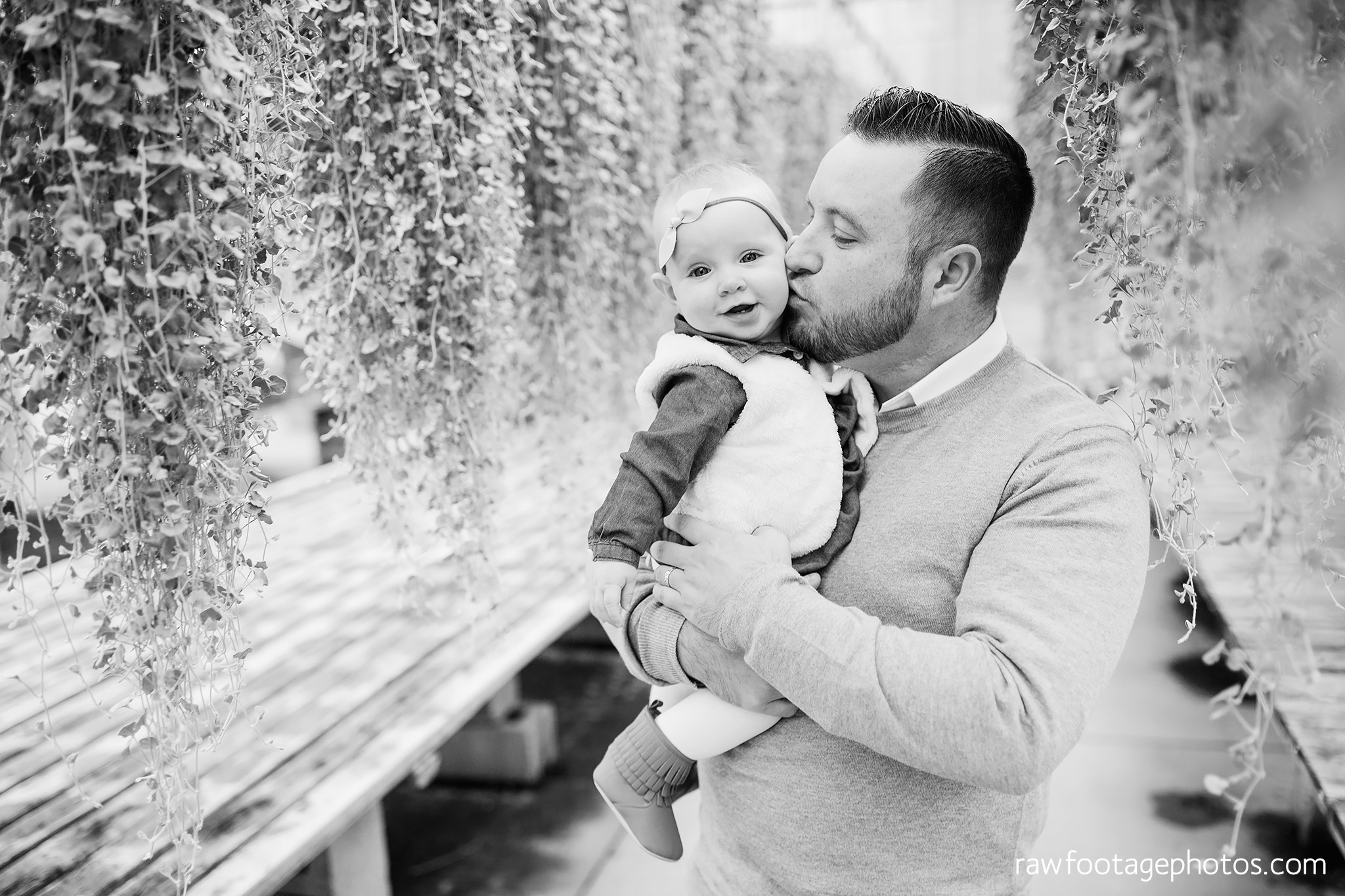 london_ontario_family_photographer-greenhouse_photos-winter_field_photos-raw_footage_photography014.jpg
