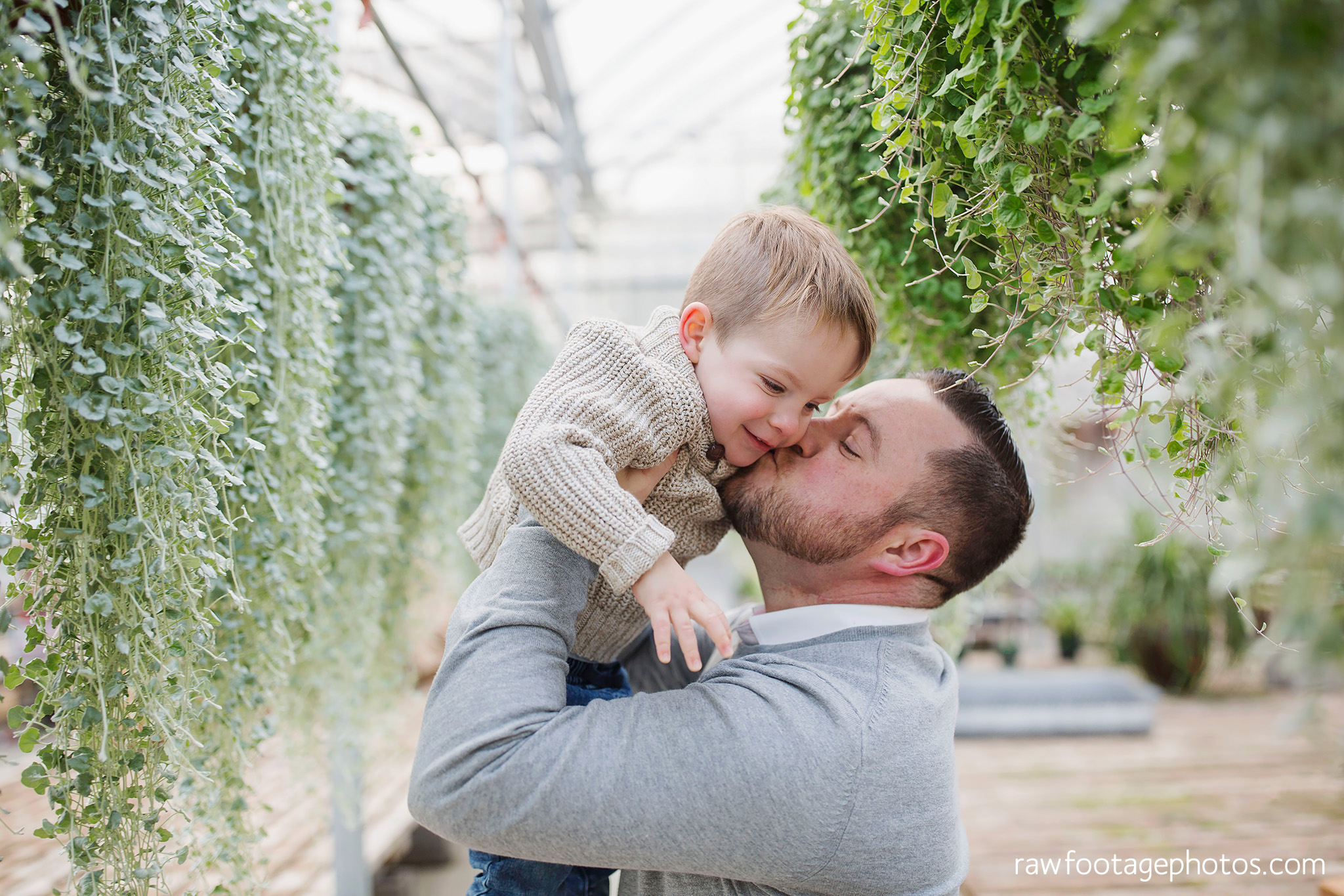 london_ontario_family_photographer-greenhouse_photos-winter_field_photos-raw_footage_photography020.jpg