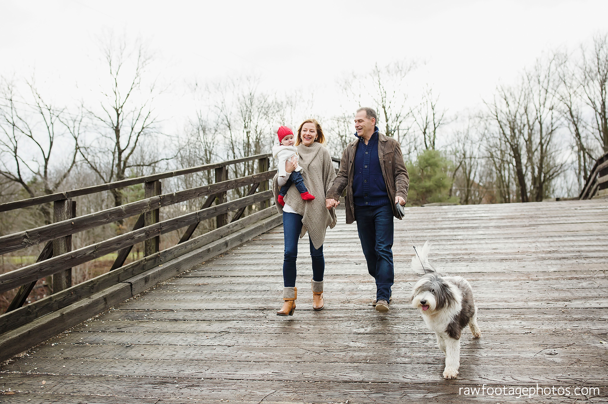 london_ontario_family_session_greenhouse-train_bridge-baby_girl-dog-raw_footage_photography002.jpg
